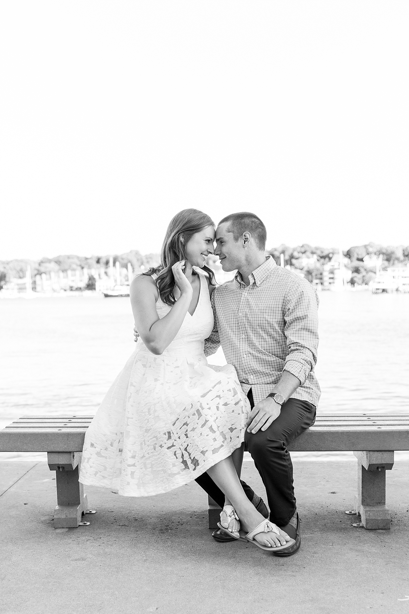 waterfront-lighthouse-engagement-photography-in-charlevoix-mi-by-courtney-carolyn-photography_0013.jpg