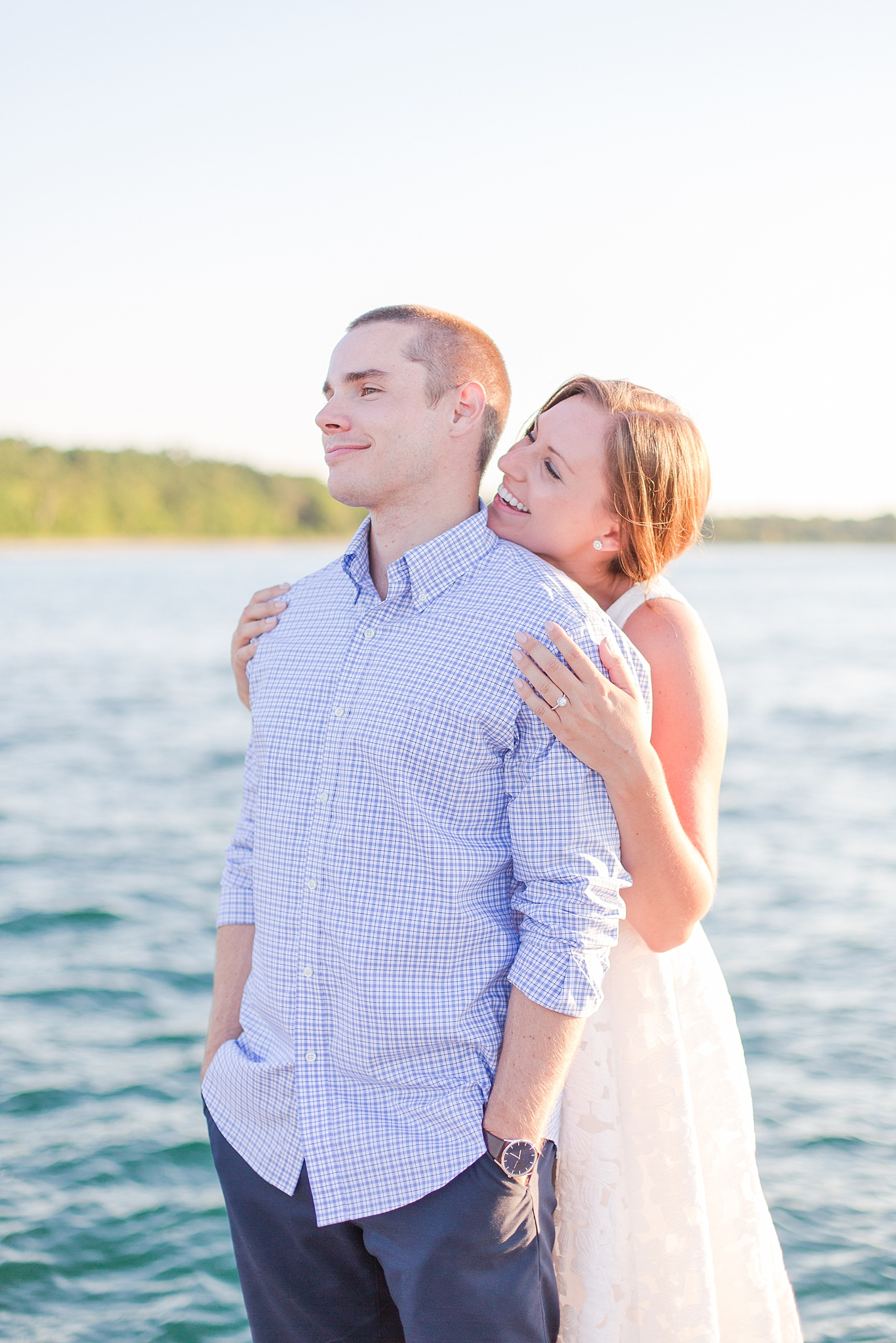 waterfront-lighthouse-engagement-photography-in-charlevoix-mi-by-courtney-carolyn-photography_0014.jpg