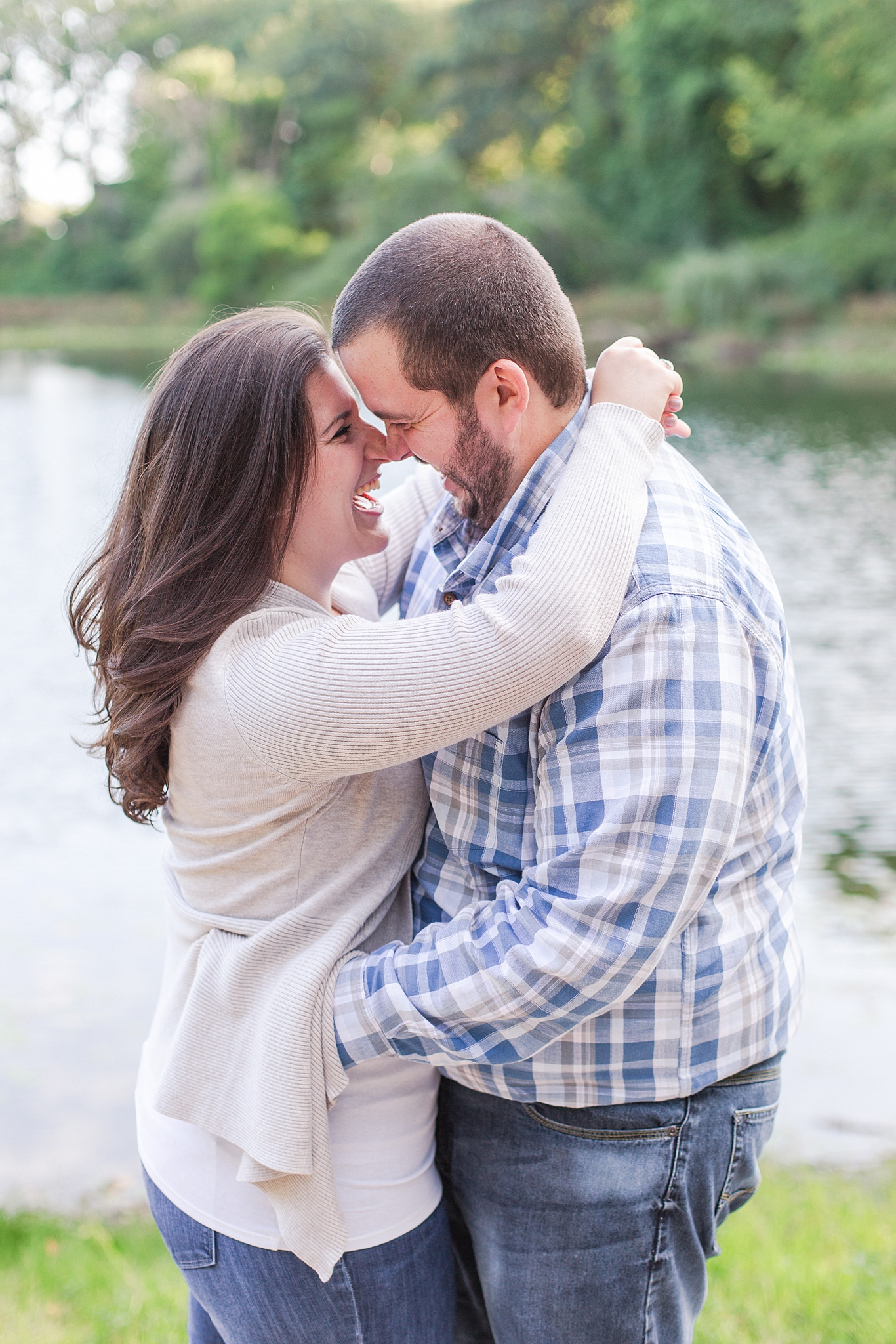 classic-vineyard-engagement-photography-in-lansing-mi-by-courtney-carolyn-photography_0011.jpg