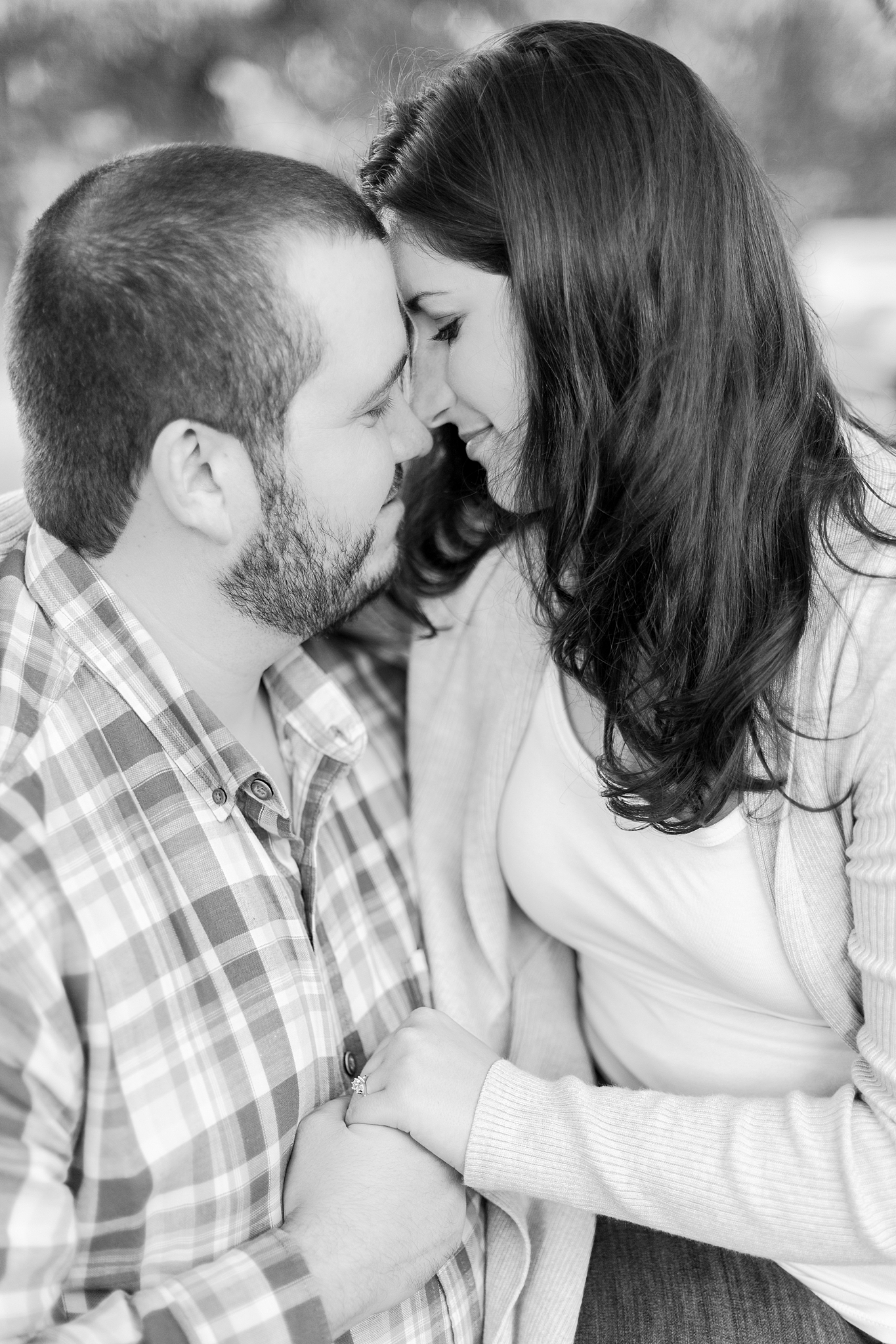 classic-vineyard-engagement-photography-in-lansing-mi-by-courtney-carolyn-photography_0013.jpg