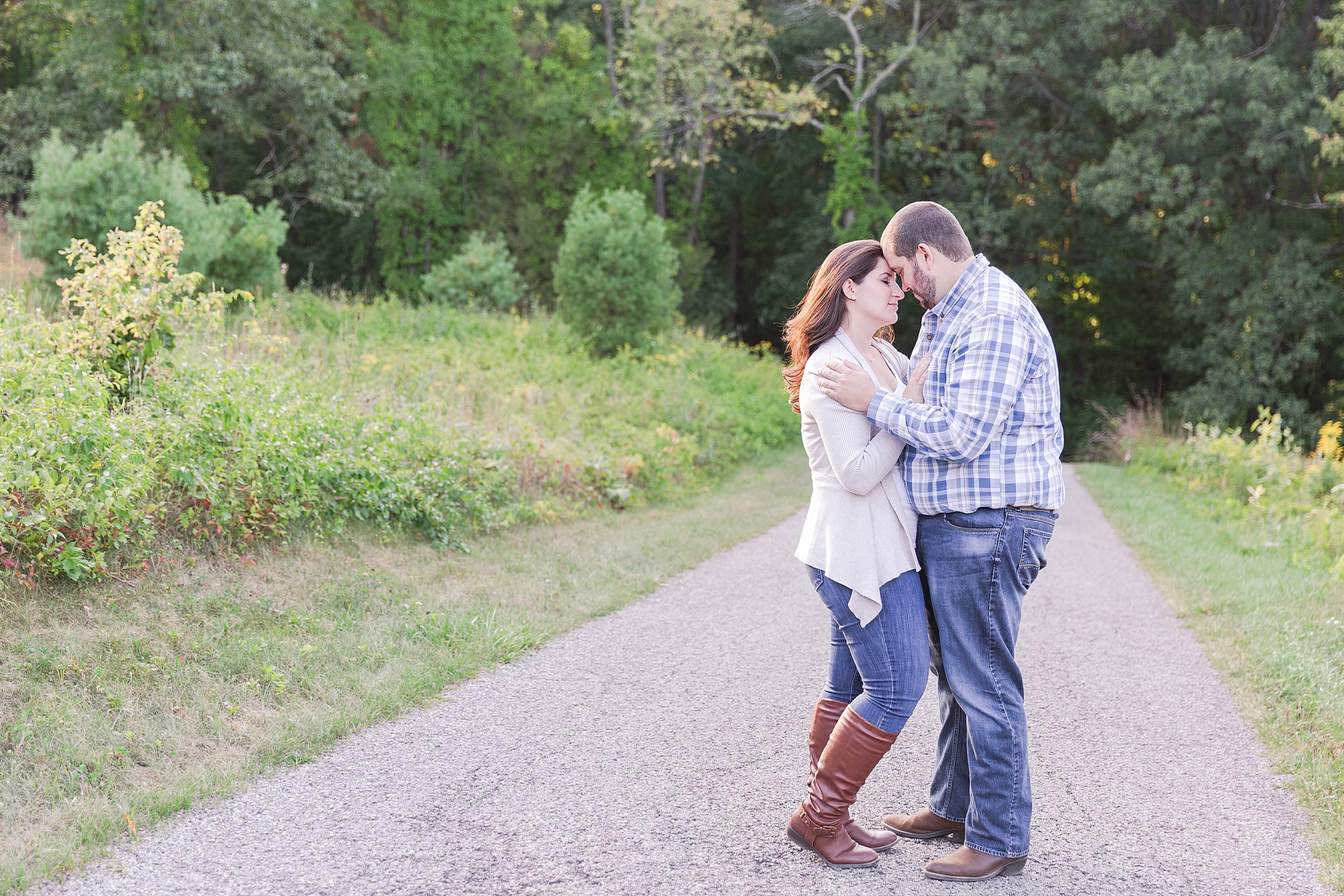 classic-vineyard-engagement-photography-in-lansing-mi-by-courtney-carolyn-photography_0014.jpg