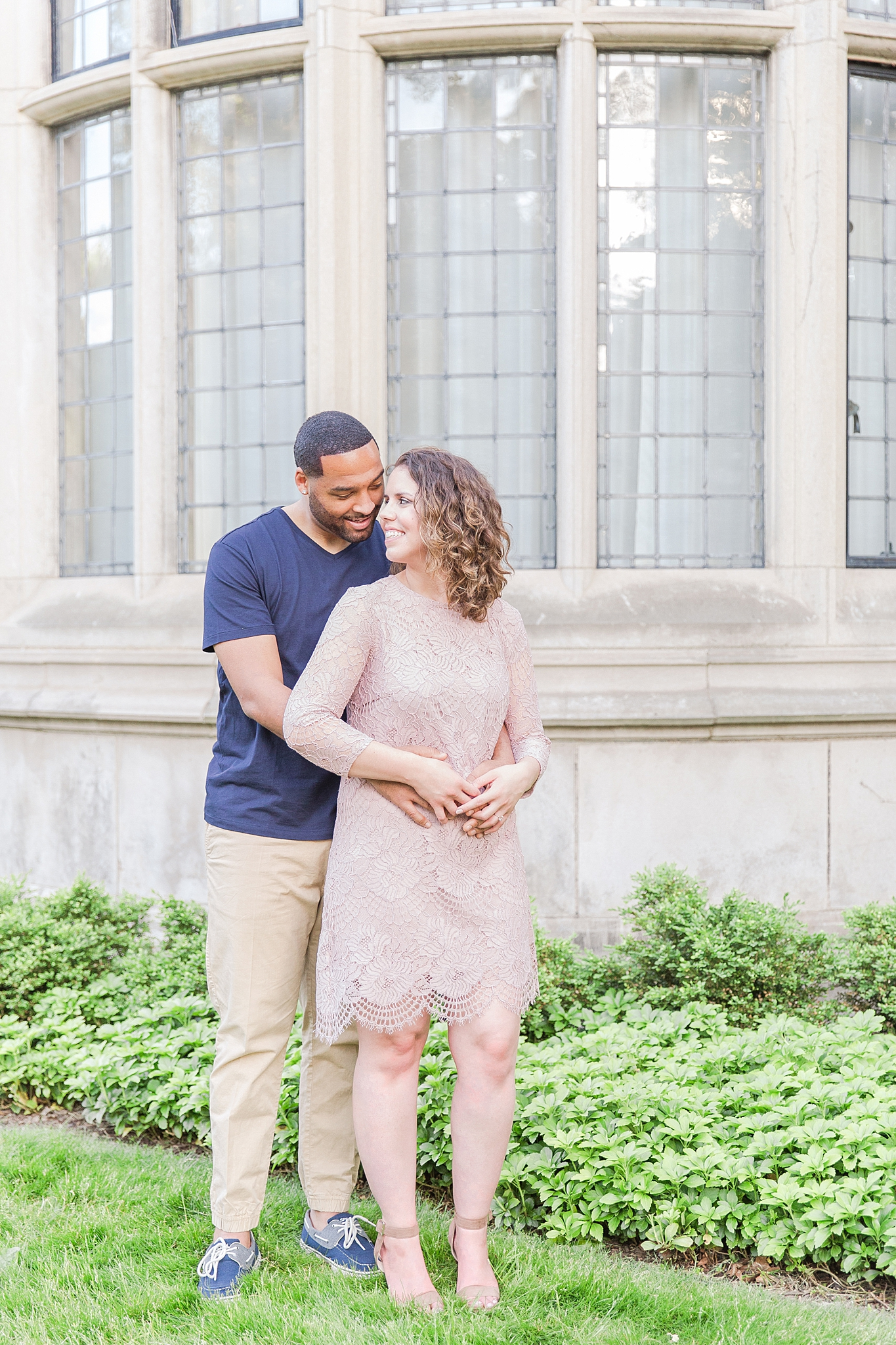 joyful-college-campus-engagement-photography-at-university-of-michigan-in-ann-arbor-mi-by-courtney-carolyn-photography_0005.jpg