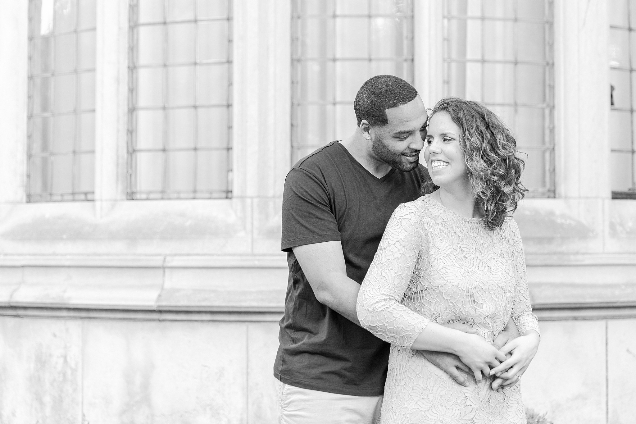 joyful-college-campus-engagement-photography-at-university-of-michigan-in-ann-arbor-mi-by-courtney-carolyn-photography_0022.jpg