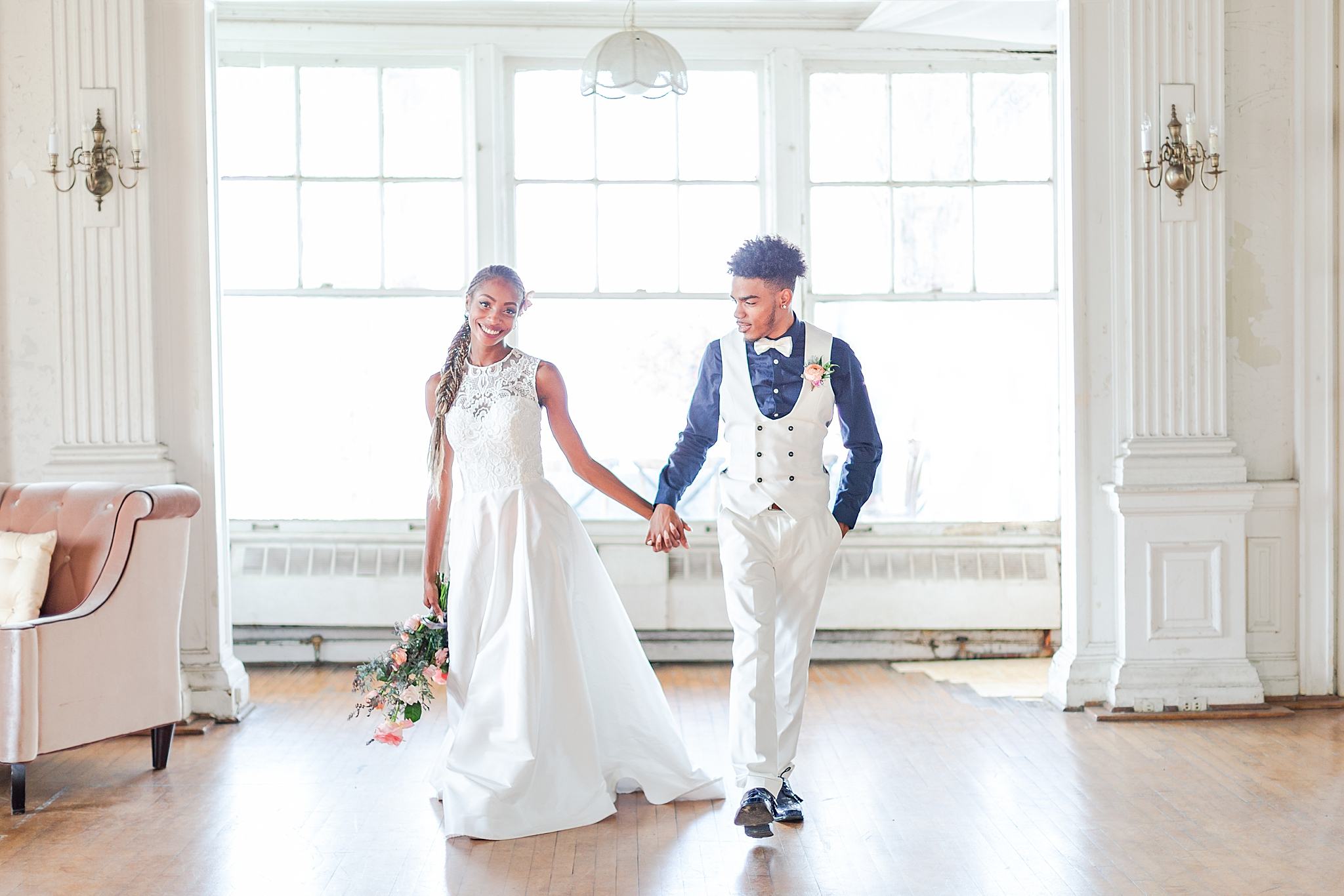 intimate-elopement-wedding-photography-at-belle-isle-boat-house-detroit-michigan-by-courtney-carolyn-photography_0042.jpg