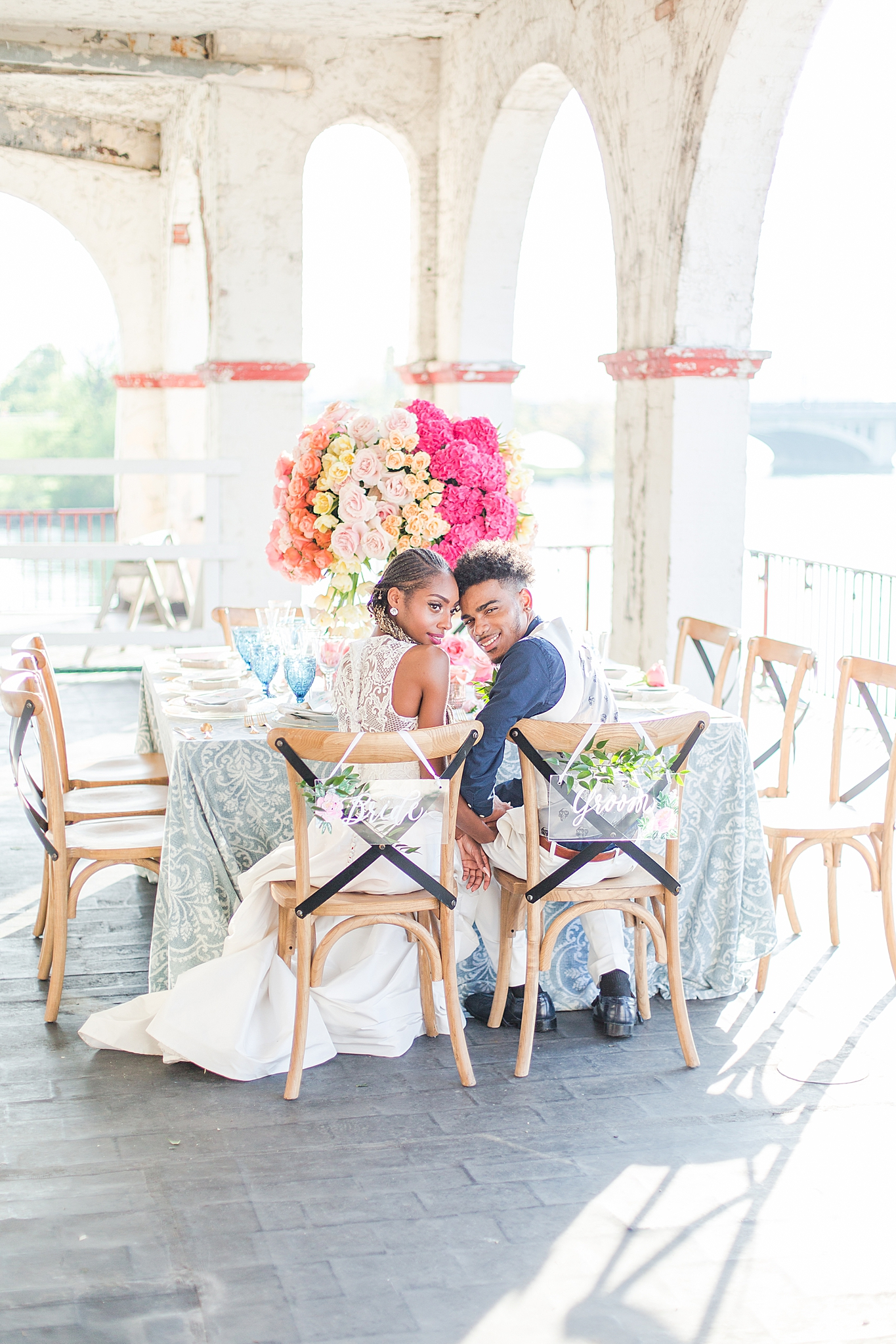 intimate-elopement-wedding-photography-at-belle-isle-boat-house-detroit-michigan-by-courtney-carolyn-photography_0068.jpg