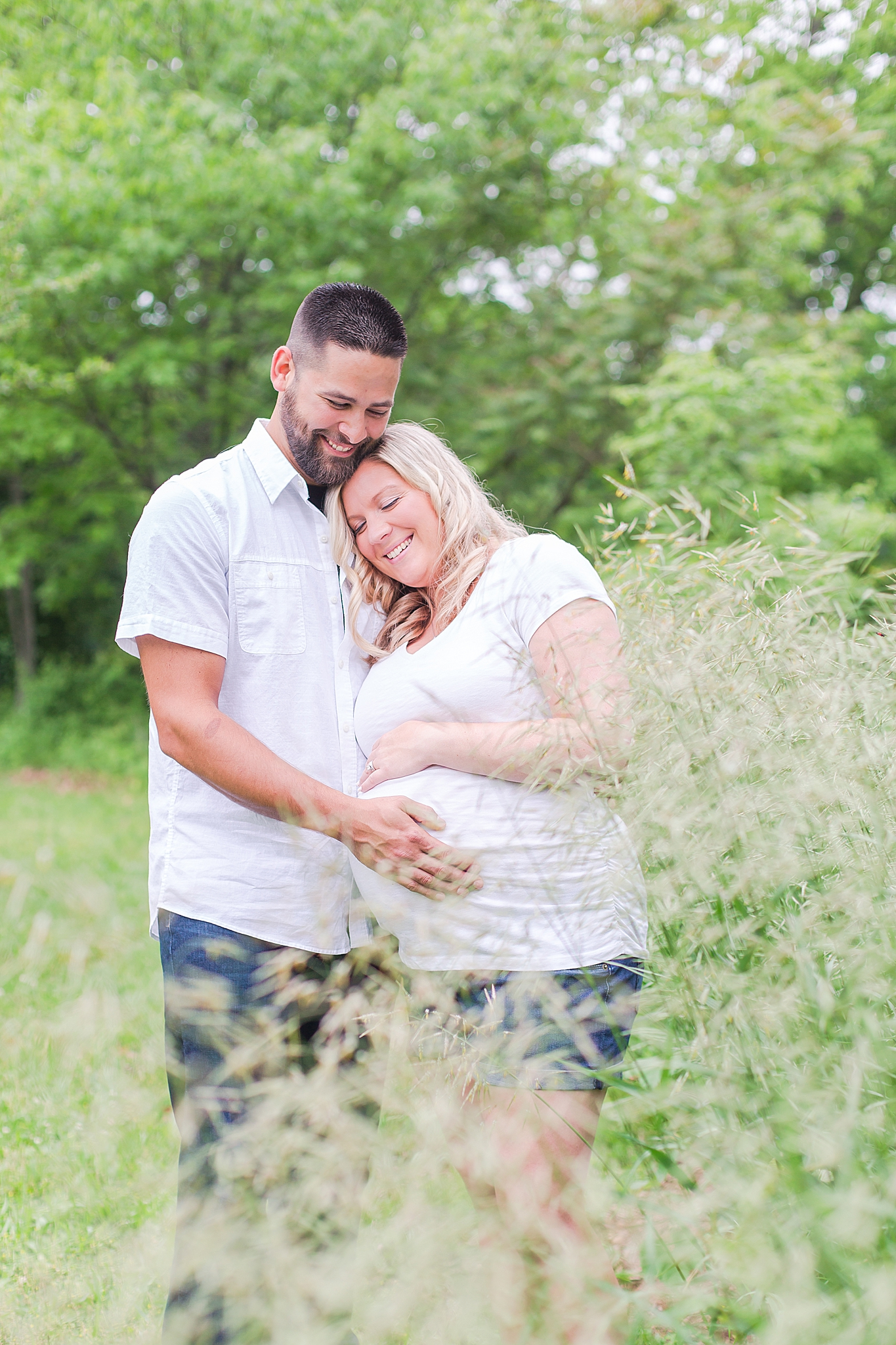 detroit-wedding-photographer-kensington-metro-park-maternity-keli-derek-by-courtney-carolyn-photography_0019.jpg