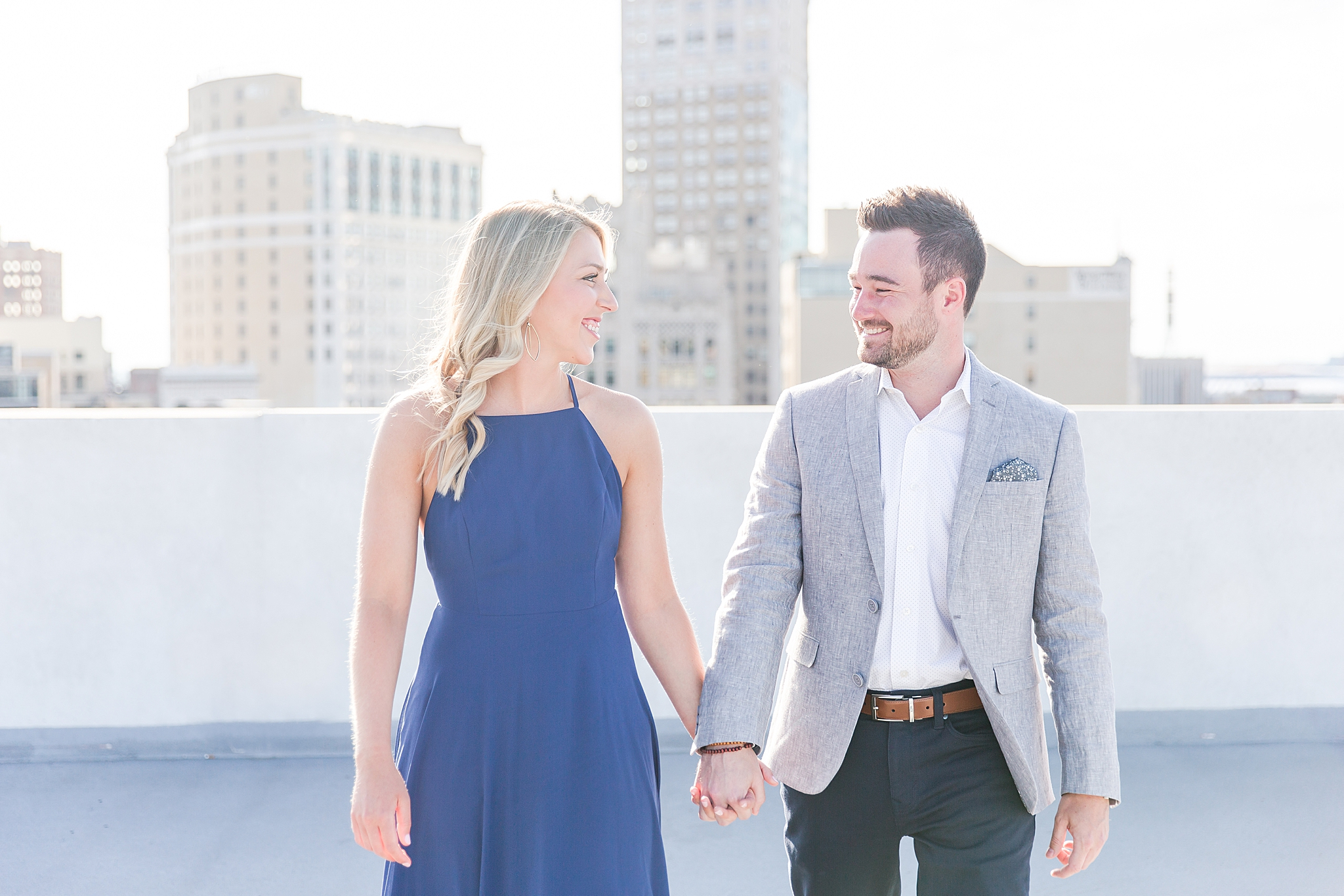 detroit-wedding-photographer-downtown-detroit-belle-isle-engagement-photos-sarah-eric-by-courtney-carolyn-photography_0003.jpg