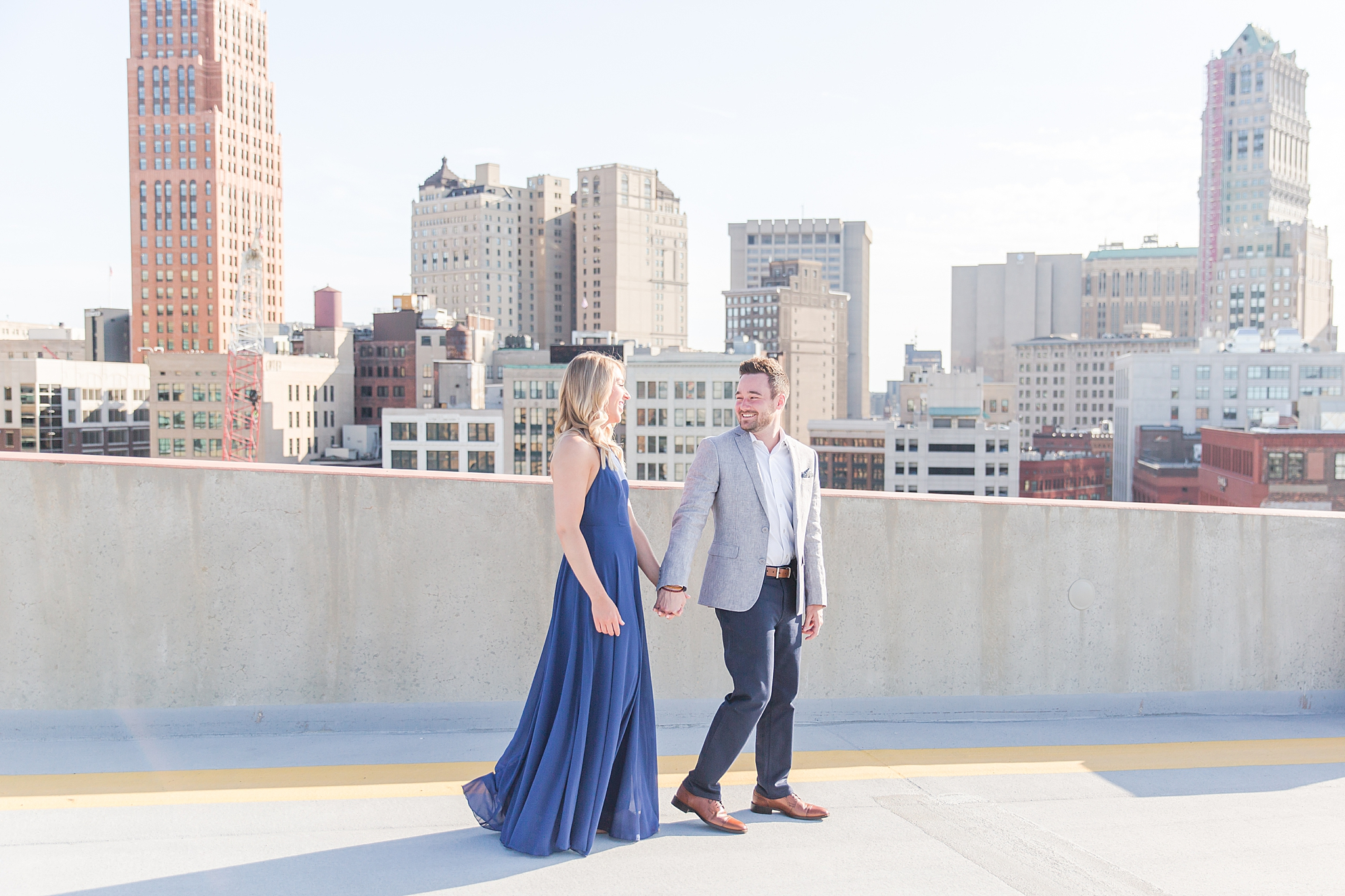 detroit-wedding-photographer-downtown-detroit-belle-isle-engagement-photos-sarah-eric-by-courtney-carolyn-photography_0005.jpg