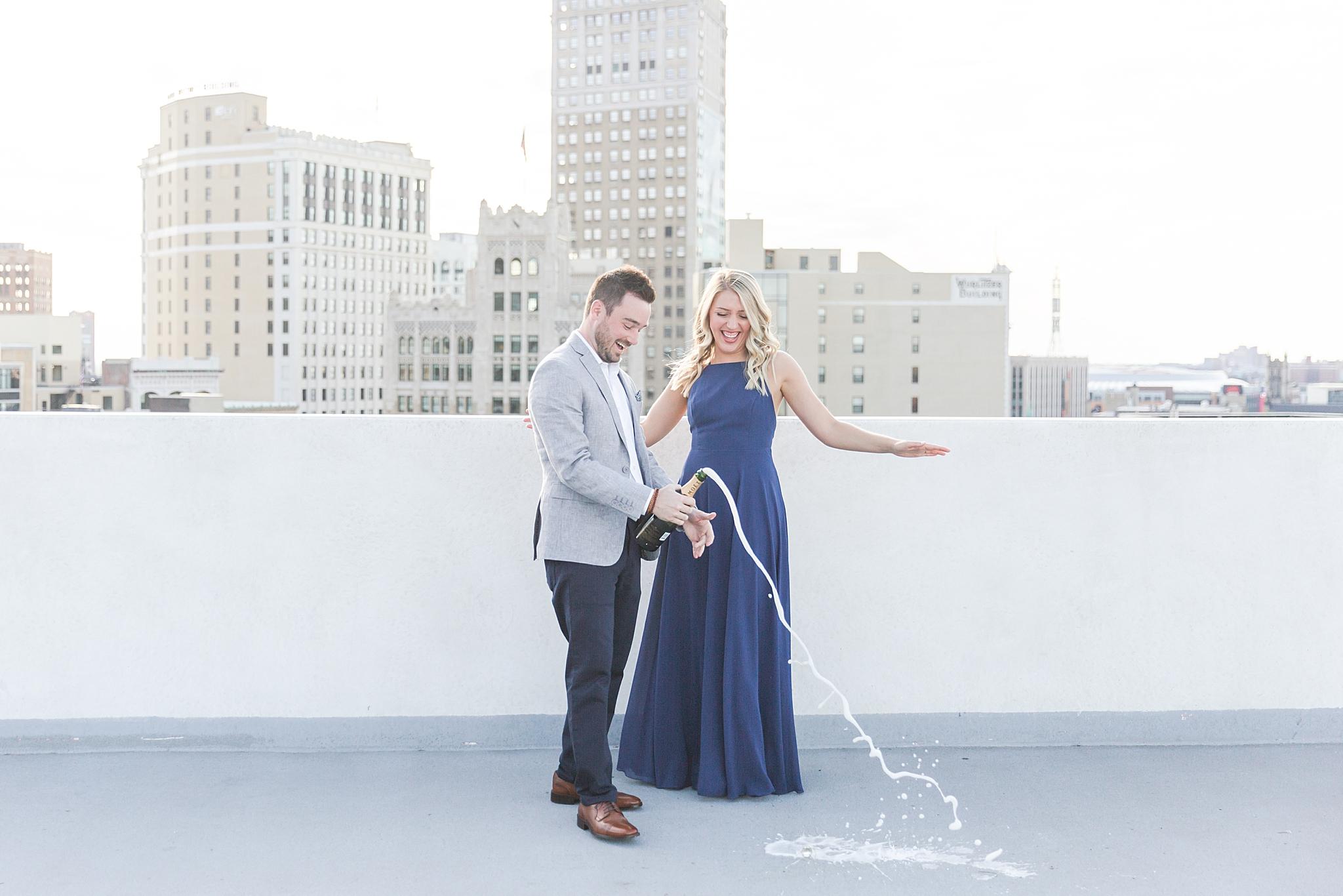 detroit-wedding-photographer-downtown-detroit-belle-isle-engagement-photos-sarah-eric-by-courtney-carolyn-photography_0007.jpg