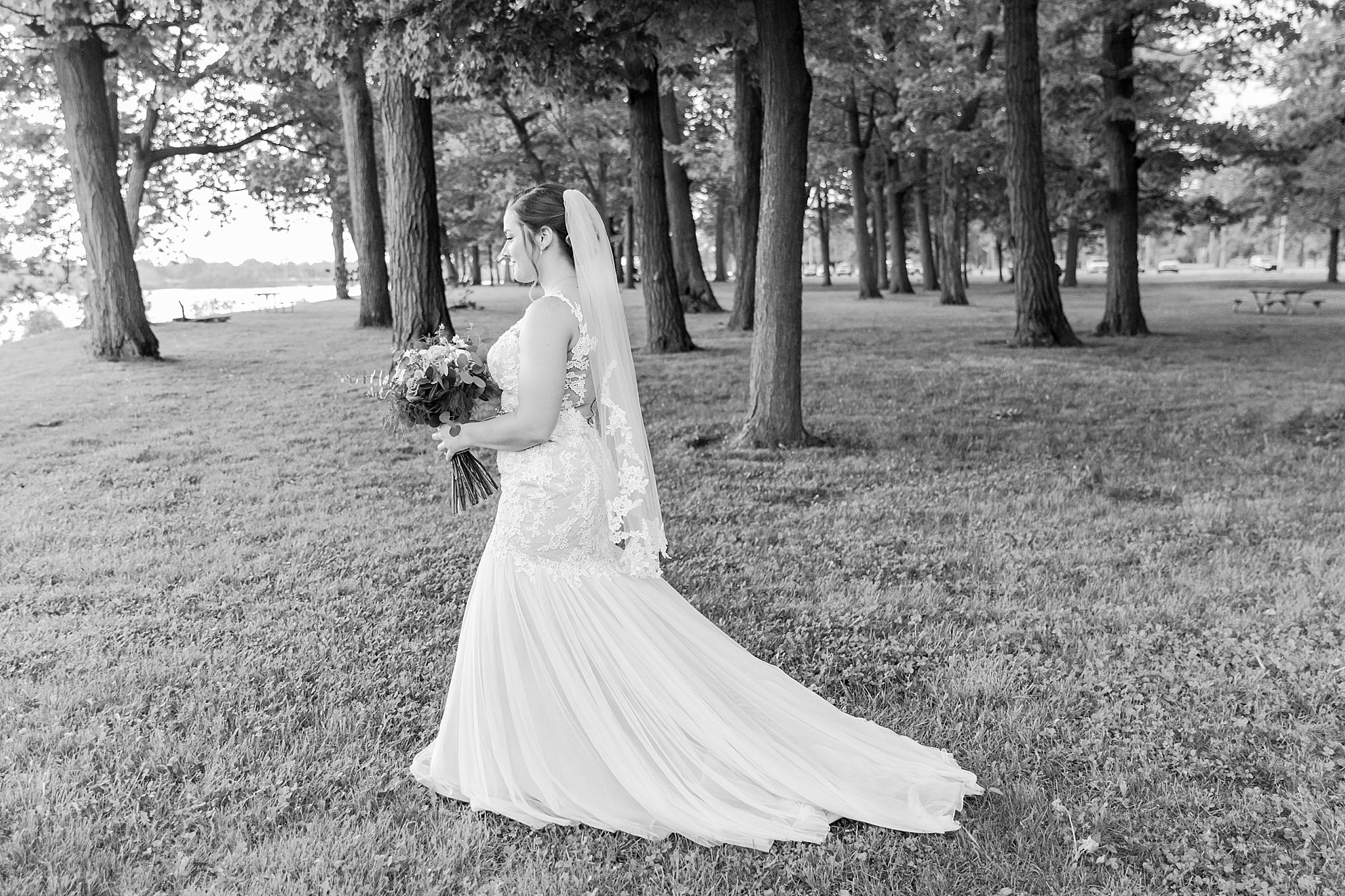 detroit-wedding-photographer-brownstown-event-center-wedding-photos-sam-josh-by-courtney-carolyn-photography_0025.jpg