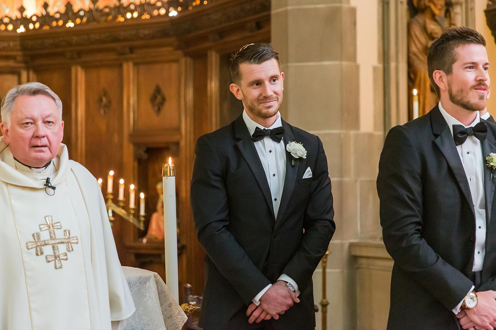 detroit-wedding-photographer-grosse-pointe-academy-chapel-detroit-golf-club-wedding-carly-matt-by-courtney-carolyn-photography_0028.jpg
