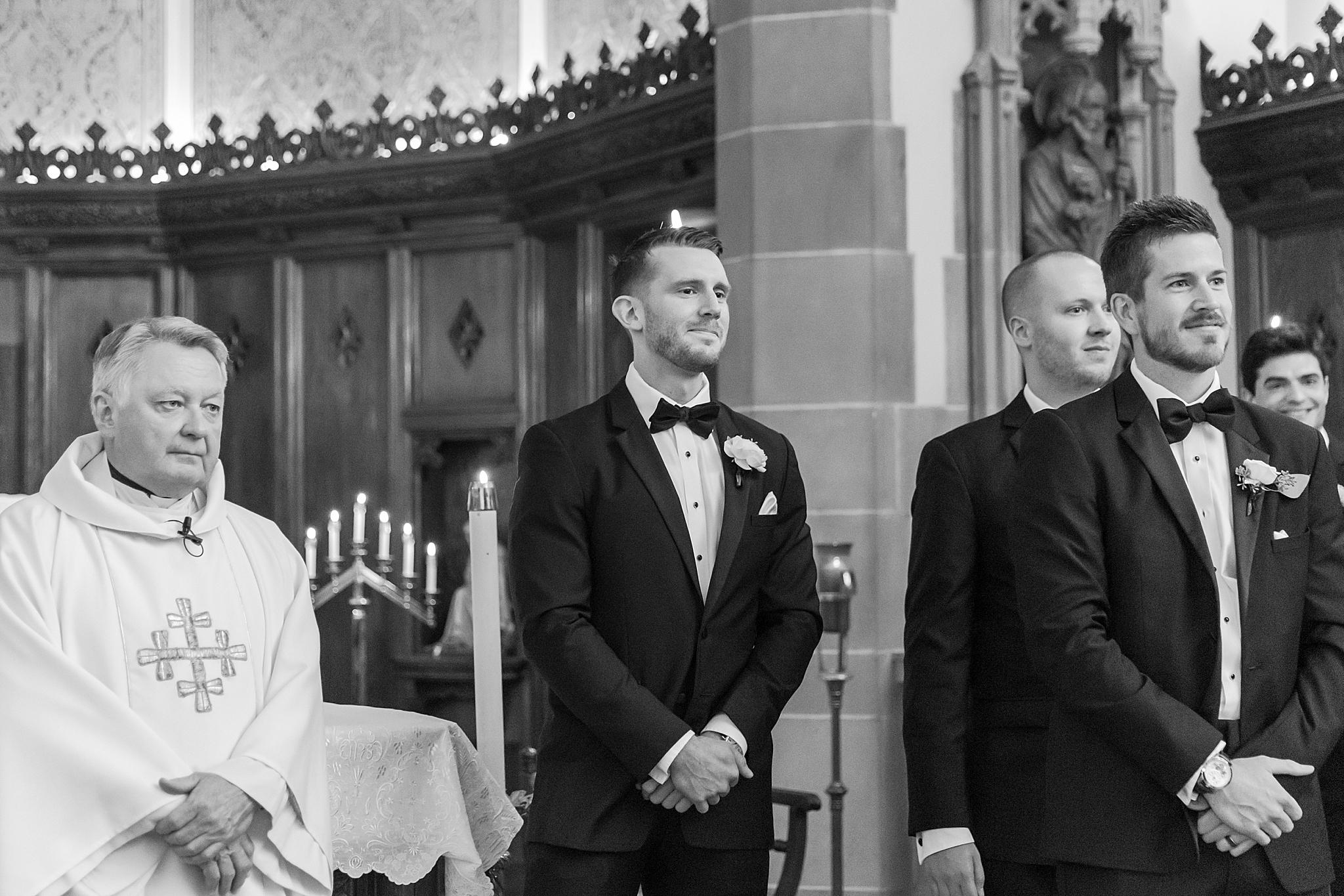 detroit-wedding-photographer-grosse-pointe-academy-chapel-detroit-golf-club-wedding-carly-matt-by-courtney-carolyn-photography_0035.jpg