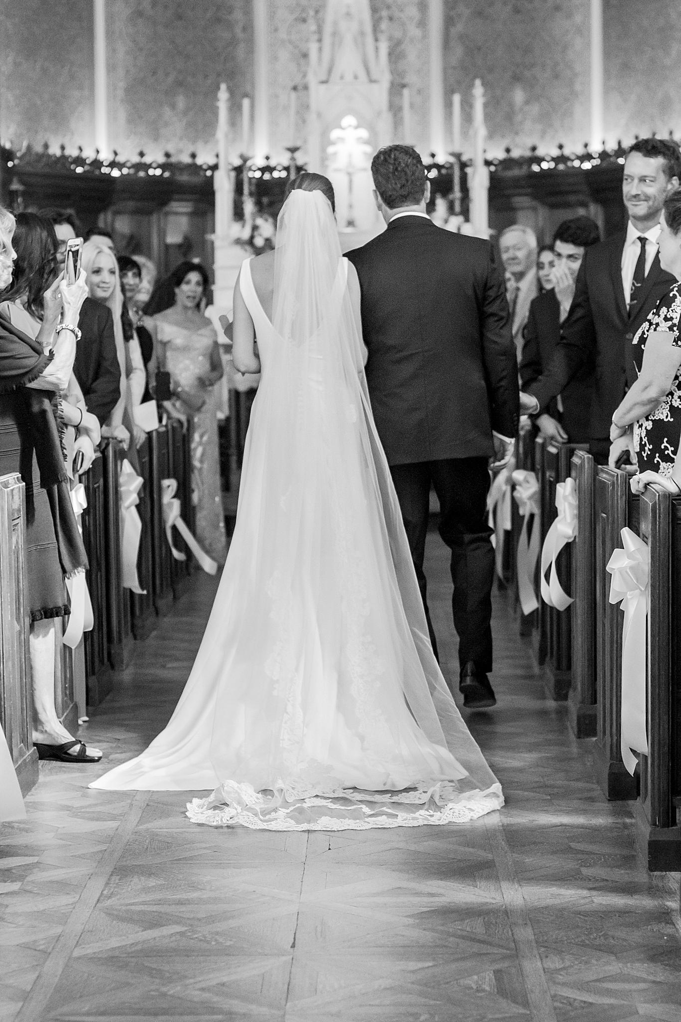 detroit-wedding-photographer-grosse-pointe-academy-chapel-detroit-golf-club-wedding-carly-matt-by-courtney-carolyn-photography_0036.jpg