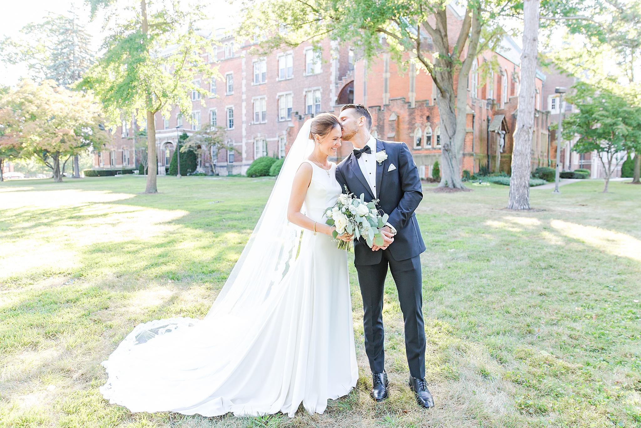 detroit-wedding-photographer-grosse-pointe-academy-chapel-detroit-golf-club-wedding-carly-matt-by-courtney-carolyn-photography_0069.jpg