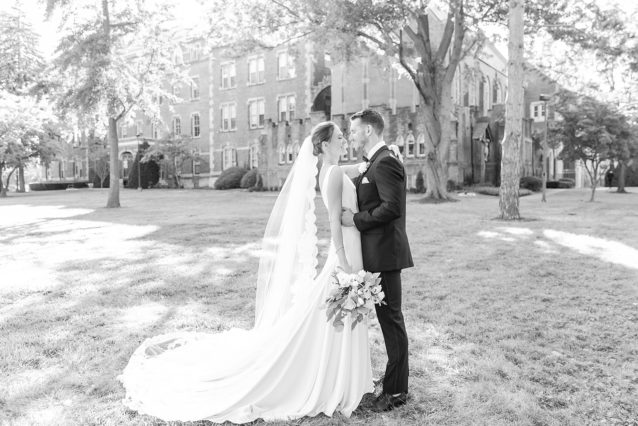 detroit-wedding-photographer-grosse-pointe-academy-chapel-detroit-golf-club-wedding-carly-matt-by-courtney-carolyn-photography_0072.jpg
