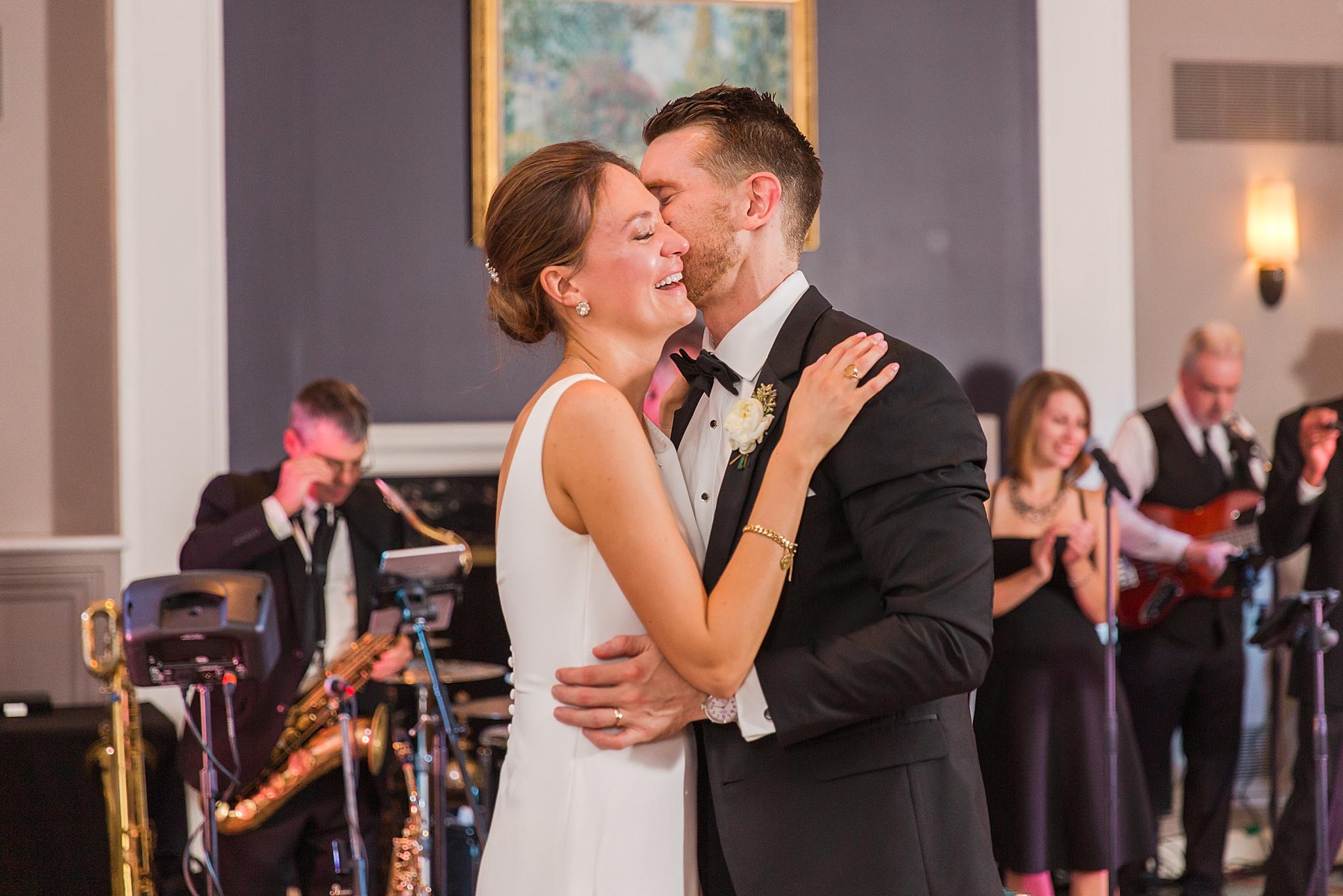 detroit-wedding-photographer-grosse-pointe-academy-chapel-detroit-golf-club-wedding-carly-matt-by-courtney-carolyn-photography_0092.jpg