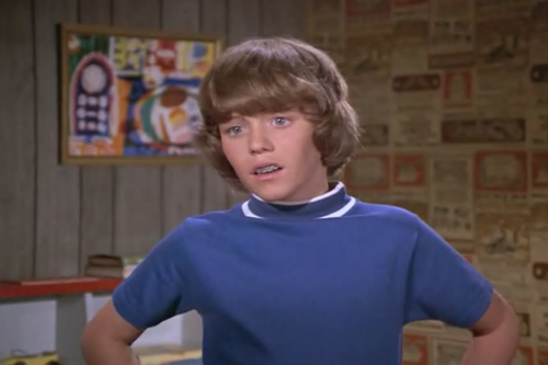 Mike Lookinland as youngest son, Bobby. Had more dream sequences than anybody else.