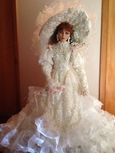 (Rustie's Bride doll is not at the ATT. Sorry.)