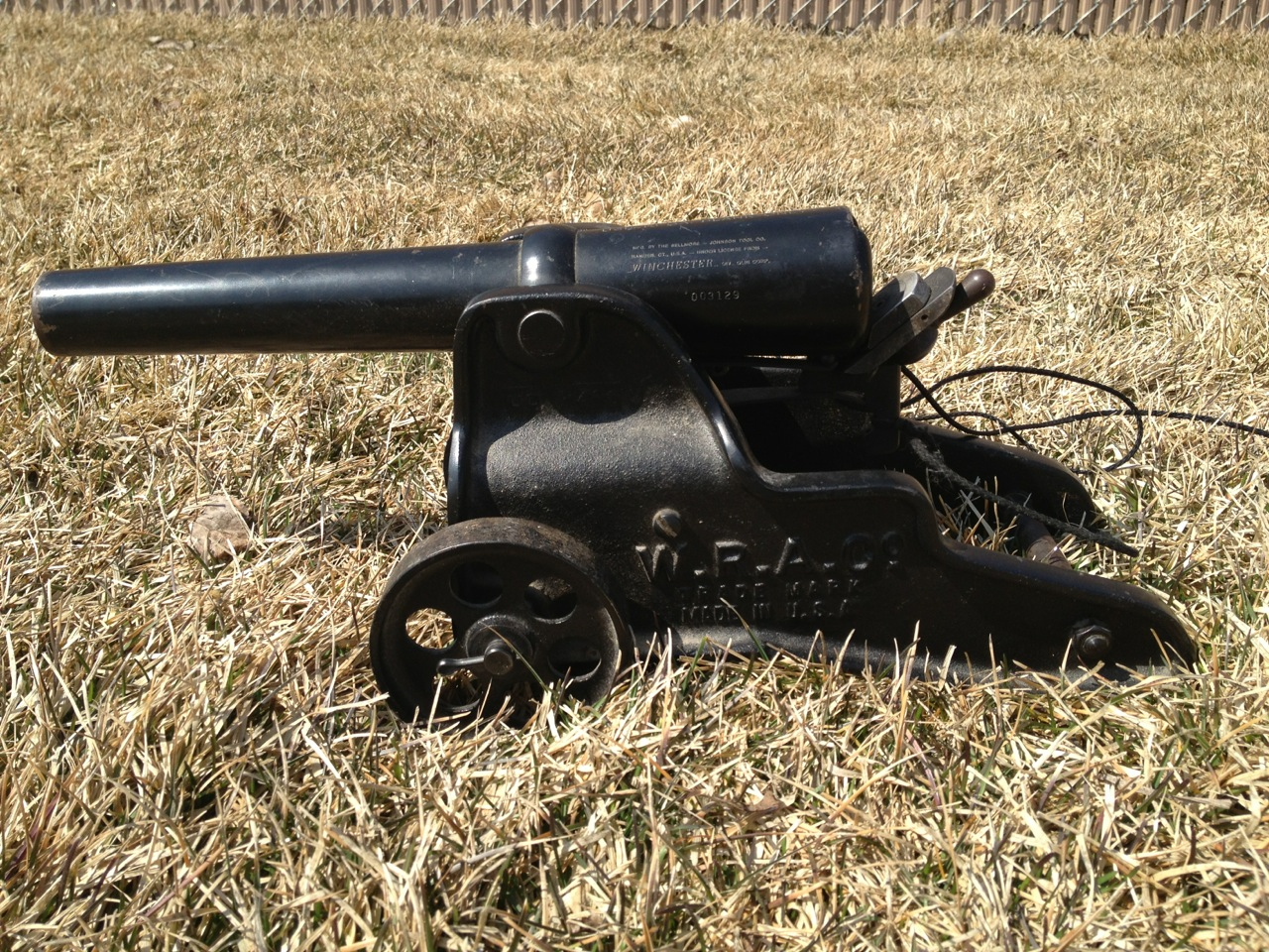 Signal Cannons — Pack Howitzer Signal Cannon