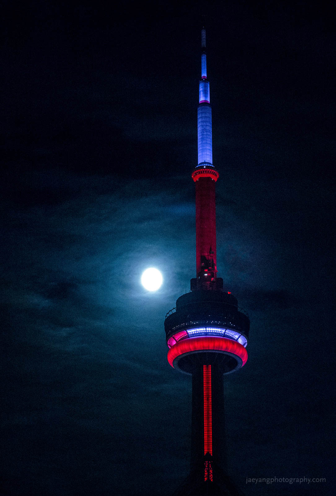 Super Moon and the CN tower.jpg