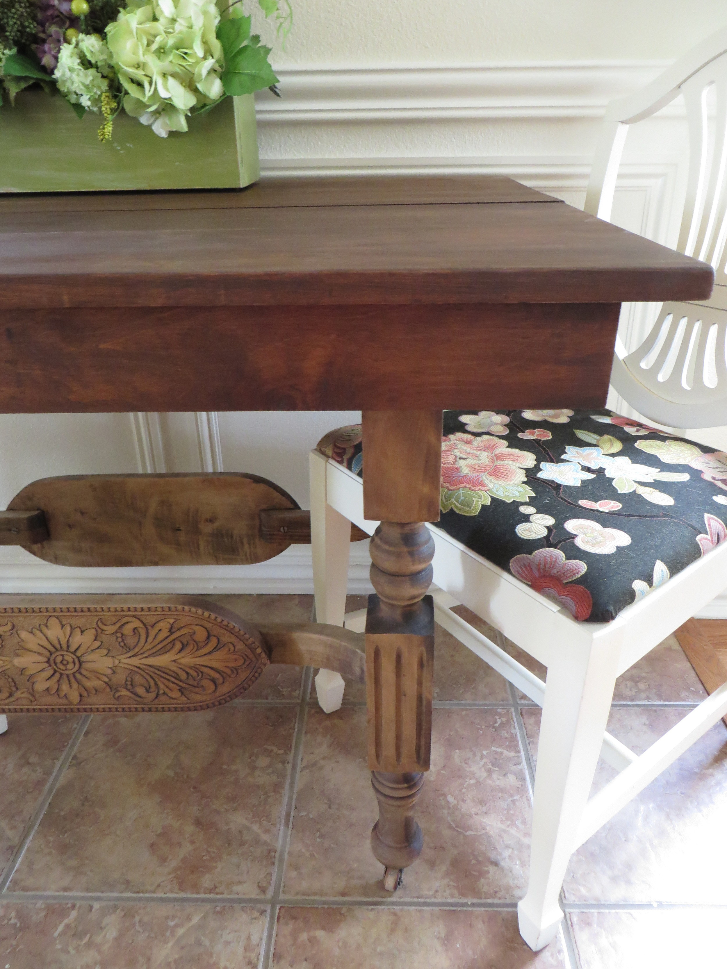 Refinishing a dining table   a tutorial! — Beckwith's Treasures