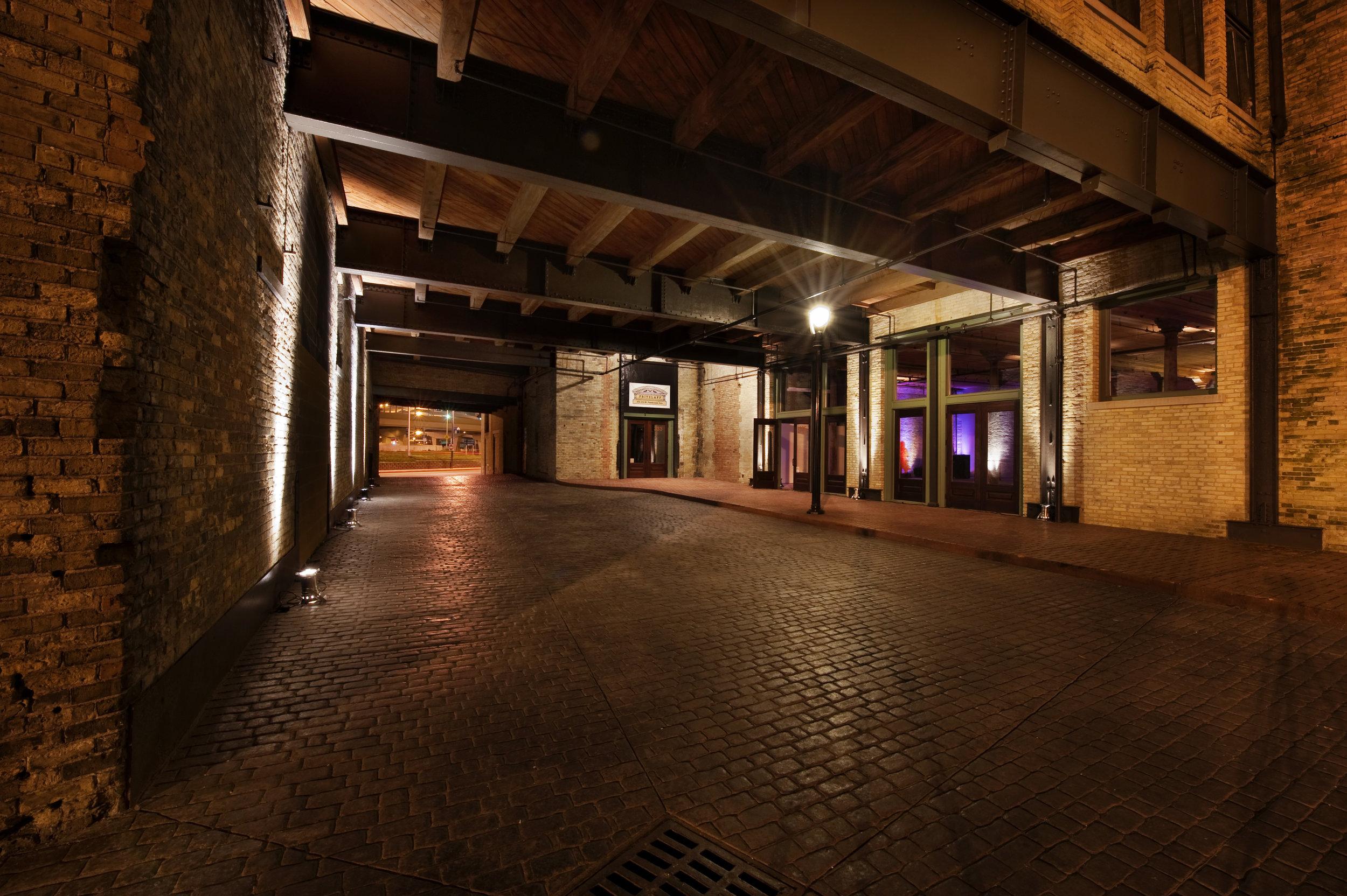 325 Courtyard