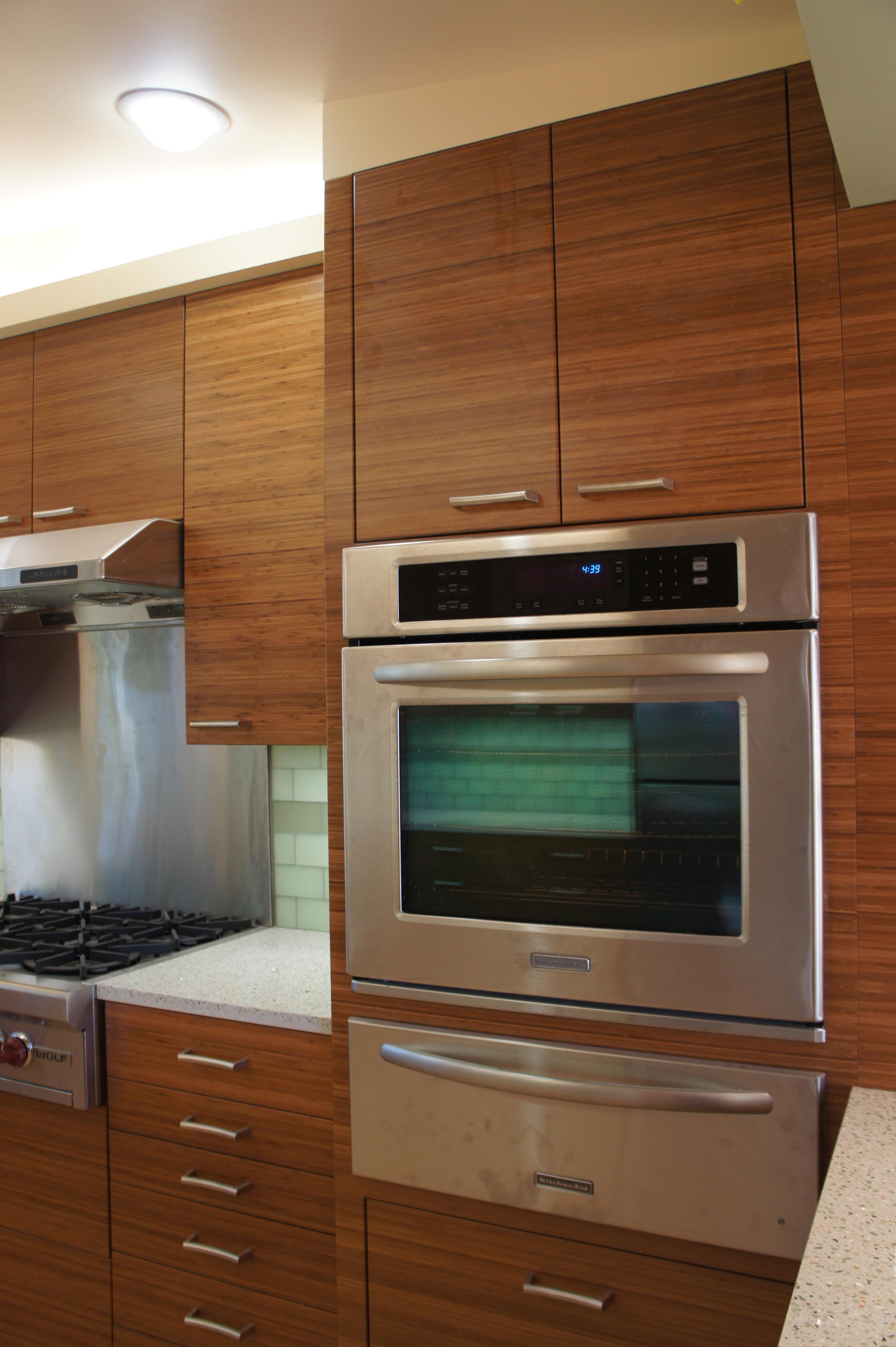 range & oven closer.JPG