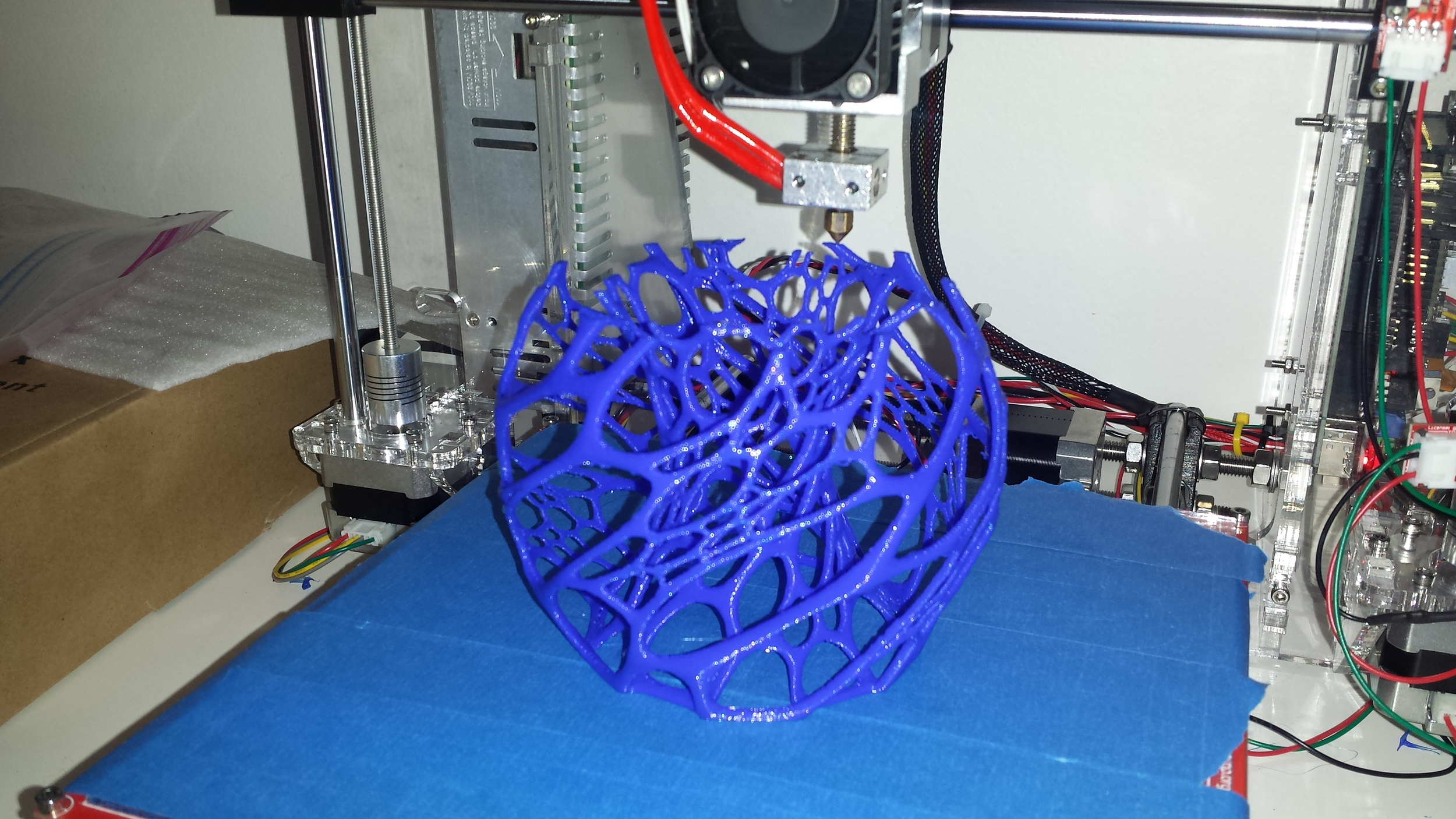 Printing a Cellular Lamp from Thingiverse