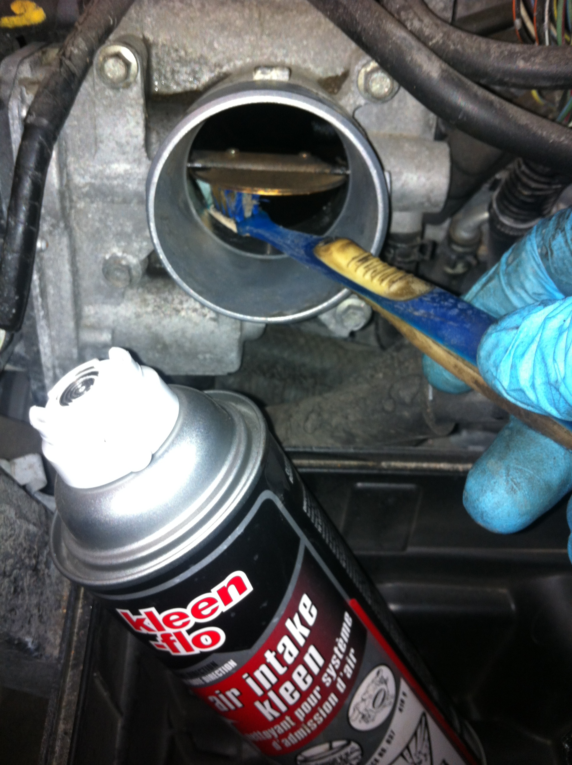 Throttle body and induction system cleaning service