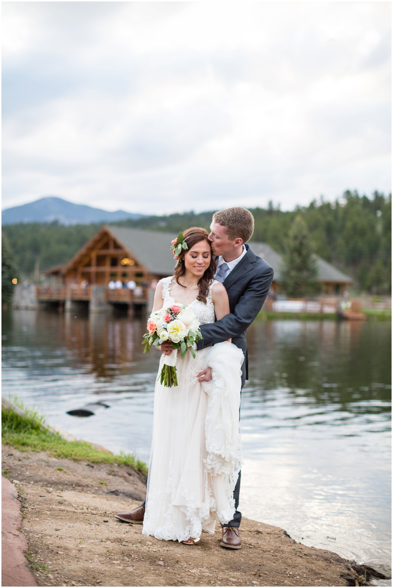 Wedding_Phtoography_at_Evergreen_Lake_house_Ashley_McKenzie_Photography.JPG