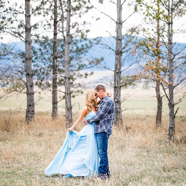 Can't wait for Kyle and Kari's wedding tomorrow! HMUA: @beautybybriannajoy . . . . . #coloradowedding #countrywedding #countrygirl #coloradoengagementphotographer #coloradoweddingphotographer #countrybride #engagementphotography #engagementphotos #romanticcouples