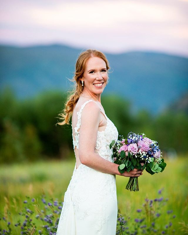 Still smiling every time I see a photo from Kelsey & Nick's Wedding day. The sky matched Kelsey's bouquet and the wildflowers growing around her during our sunset portrait session. It was magical 💜... . . . . . . #bride #bridal #purplebouquet #purpleflowers #weddingphotography #bridalportraits #mountainbrides #rockymountainbride #aspenwedding #aspenweddingphotographer #wildflowers #coloradowedding #coloradoweddingphotographer #beautifulbride #sunset #naturallight #shesaidyes