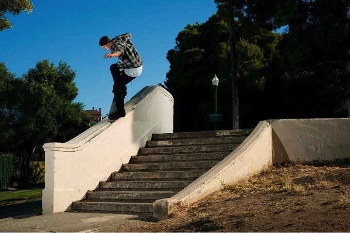 Nosegrind in SF - Photo by Dave Chami.jpg