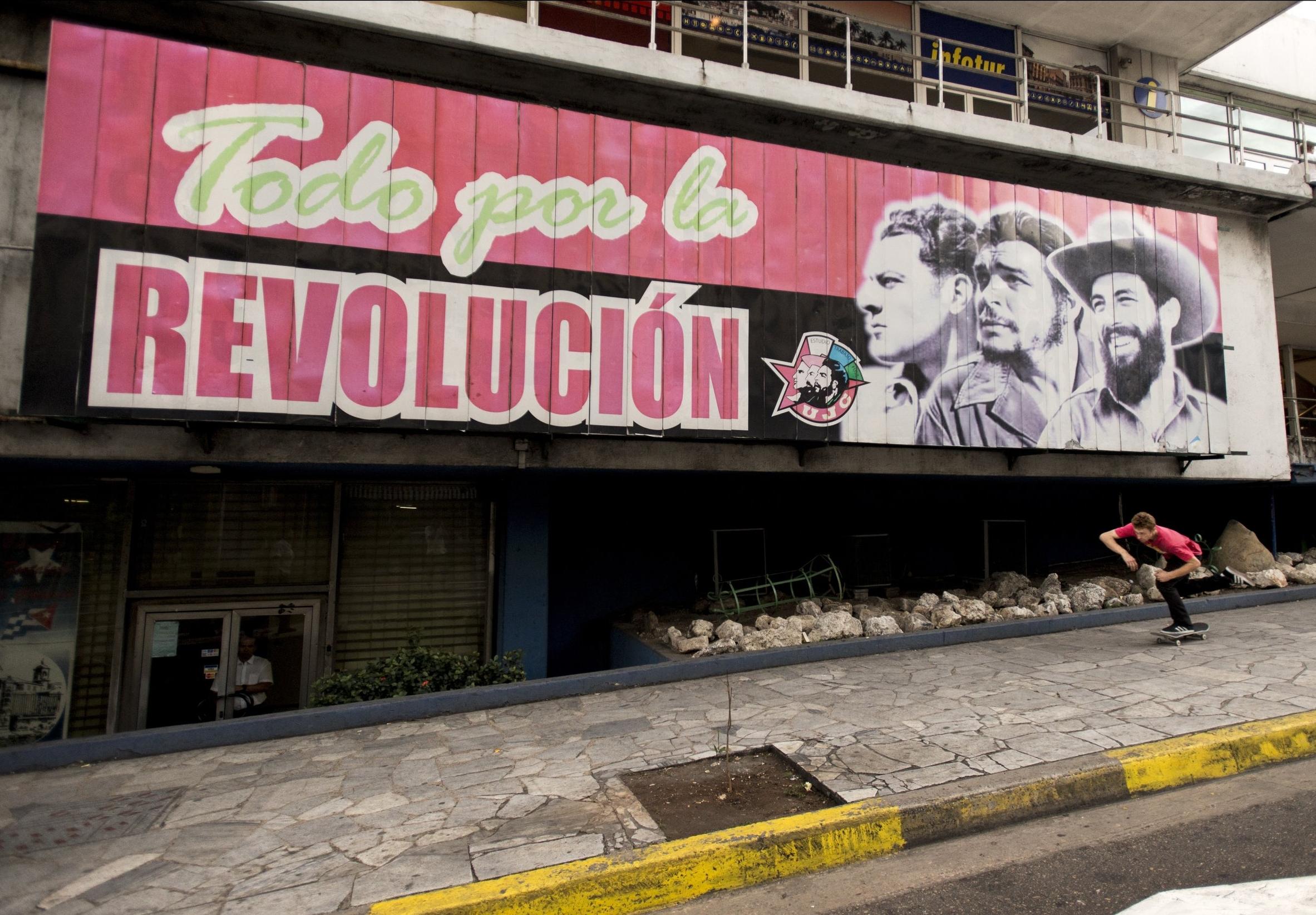 Digital Patrik Wallner Havana Walker Push Revolicion.jpg
