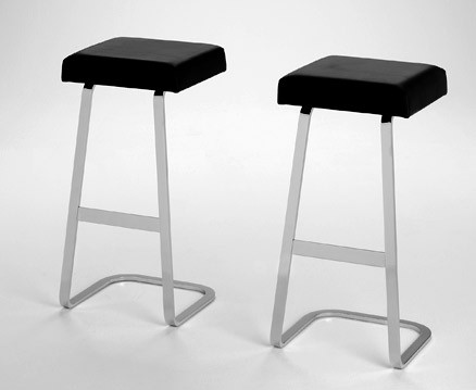 1959  |                                      Ludwig Mies Van Der Rohe                                       Stool with chromed flat bar steel frame. Seat in self-supporting foam with non removable covering in leather.
