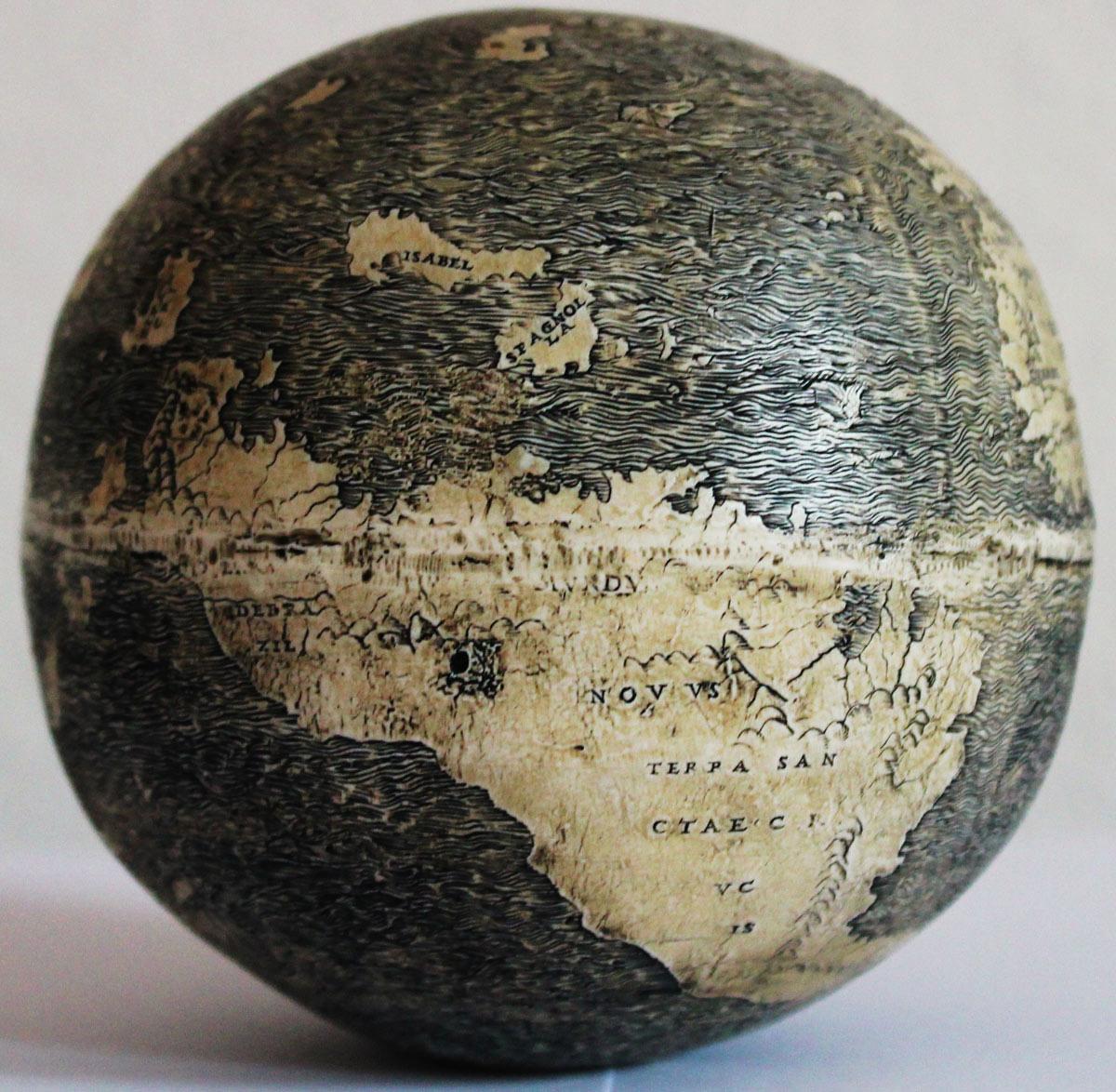 Globes 1. .jpg