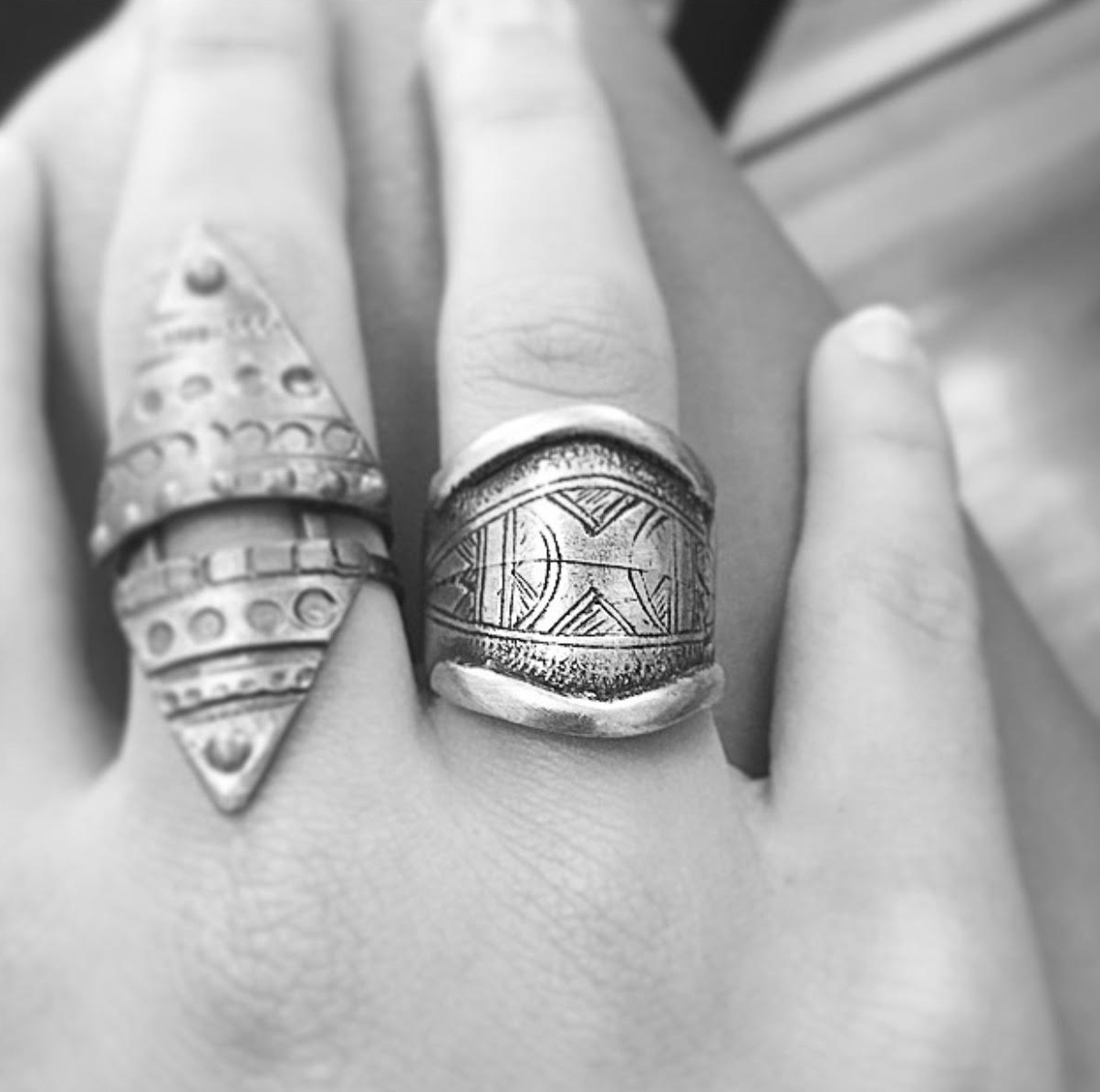 In love with one of our customers, who added our etched Taureg ring in ox silver to her collection.