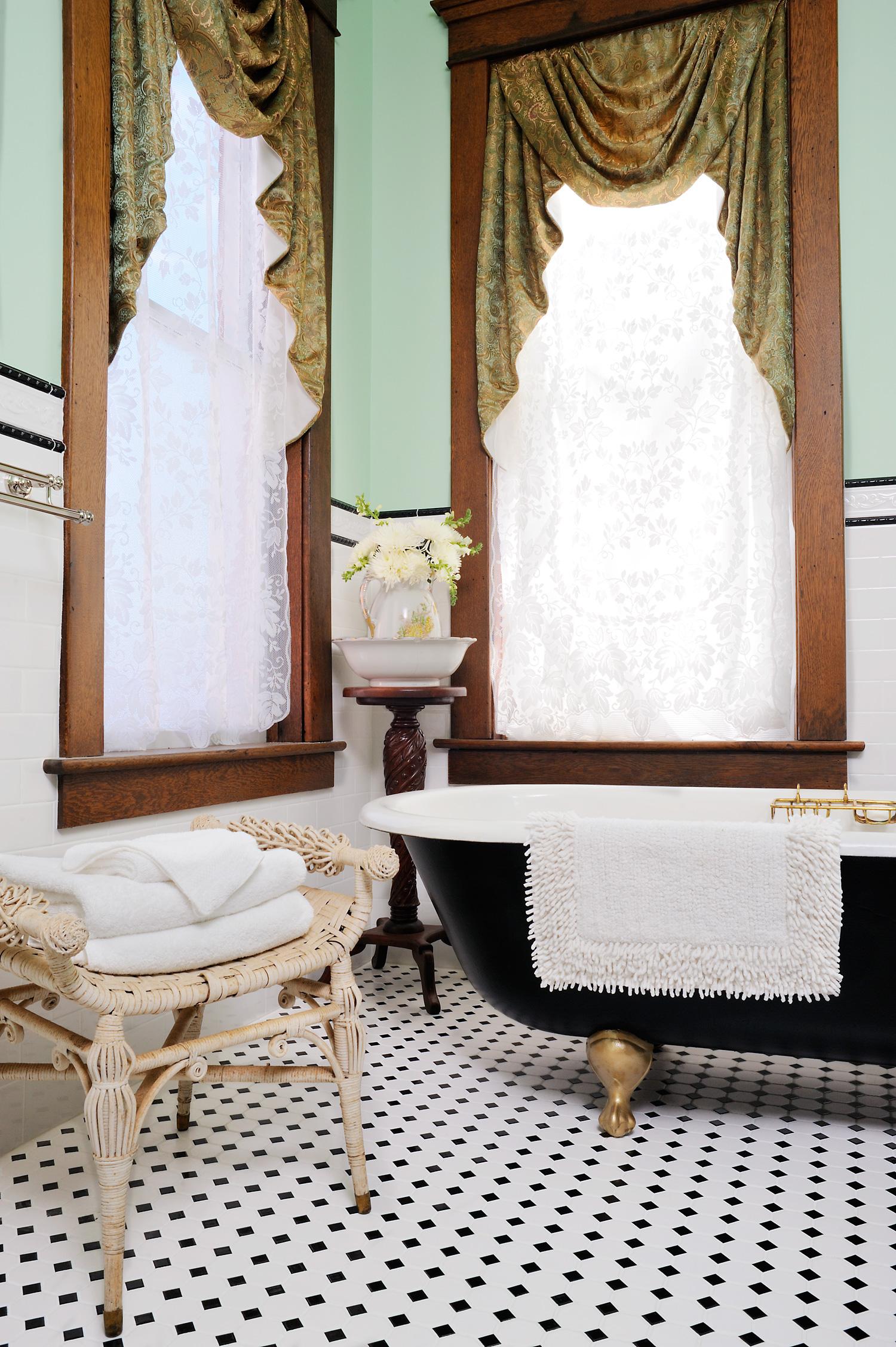 bathroom-06_v2.jpg