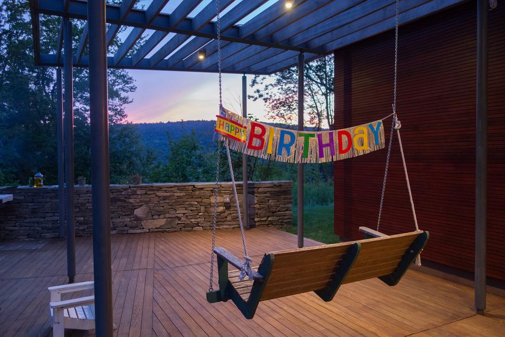 Happy Birthday swing.jpg