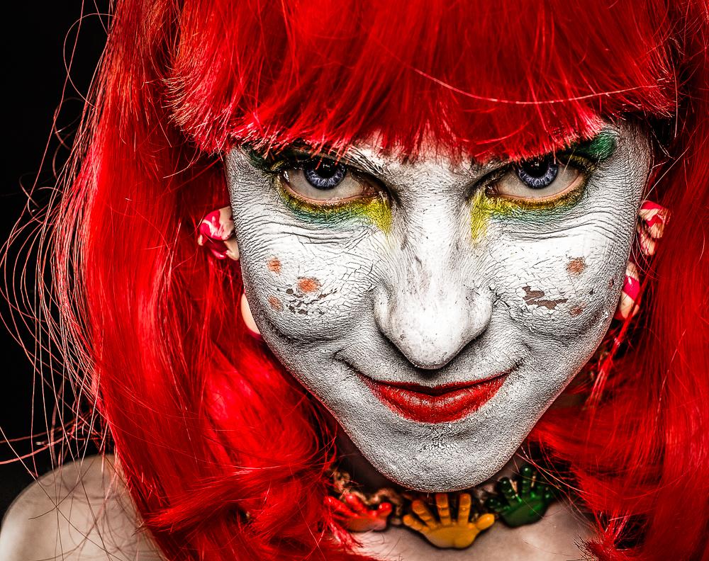 007_ClownAndOut_20130317_11.jpg