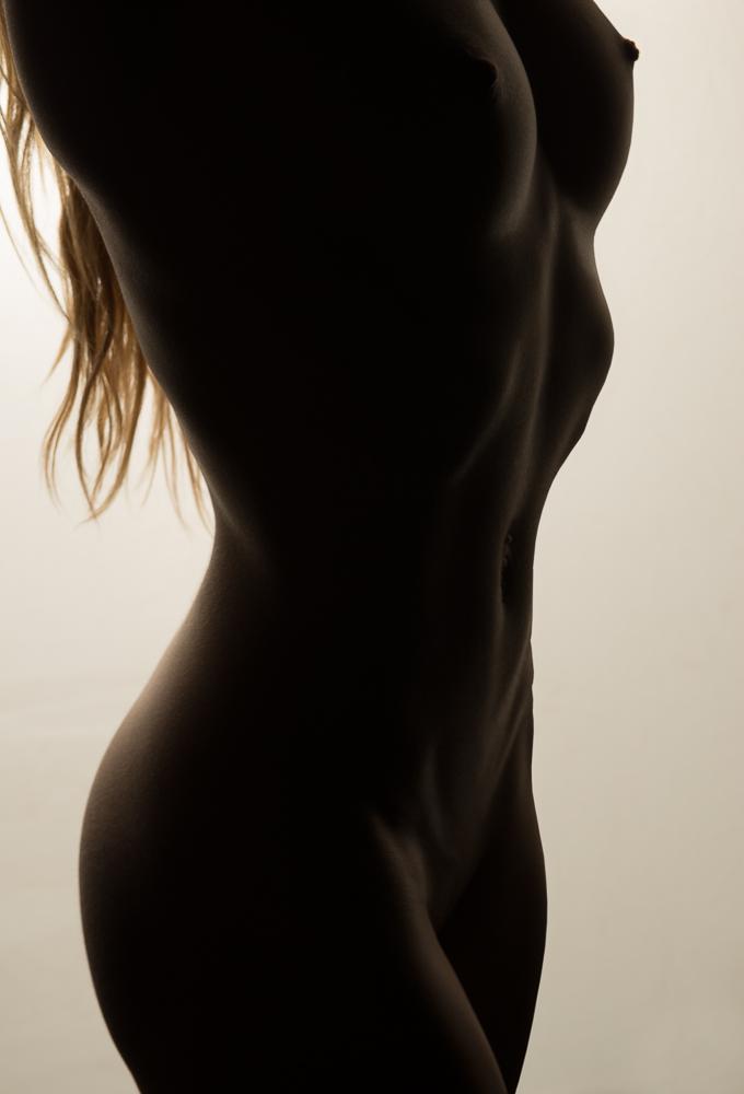 Ashley-Bodyscape_20140225-3.jpg