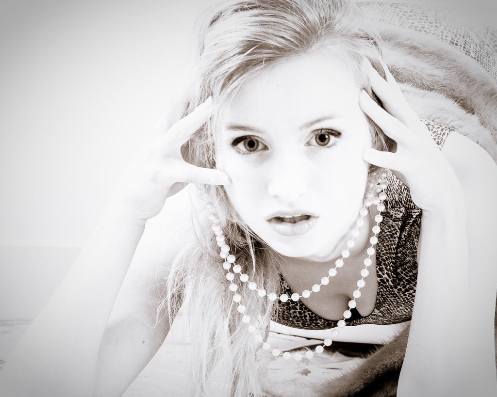 Maddie_HighKey_20140904-3.jpg
