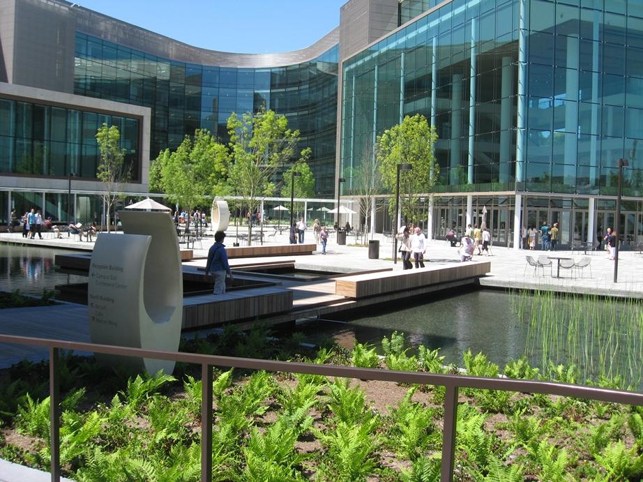 Gates plaza.jpg