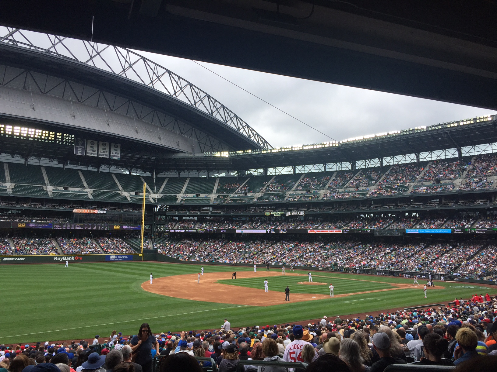 The ladies' vantage point for the Mariners' matinee