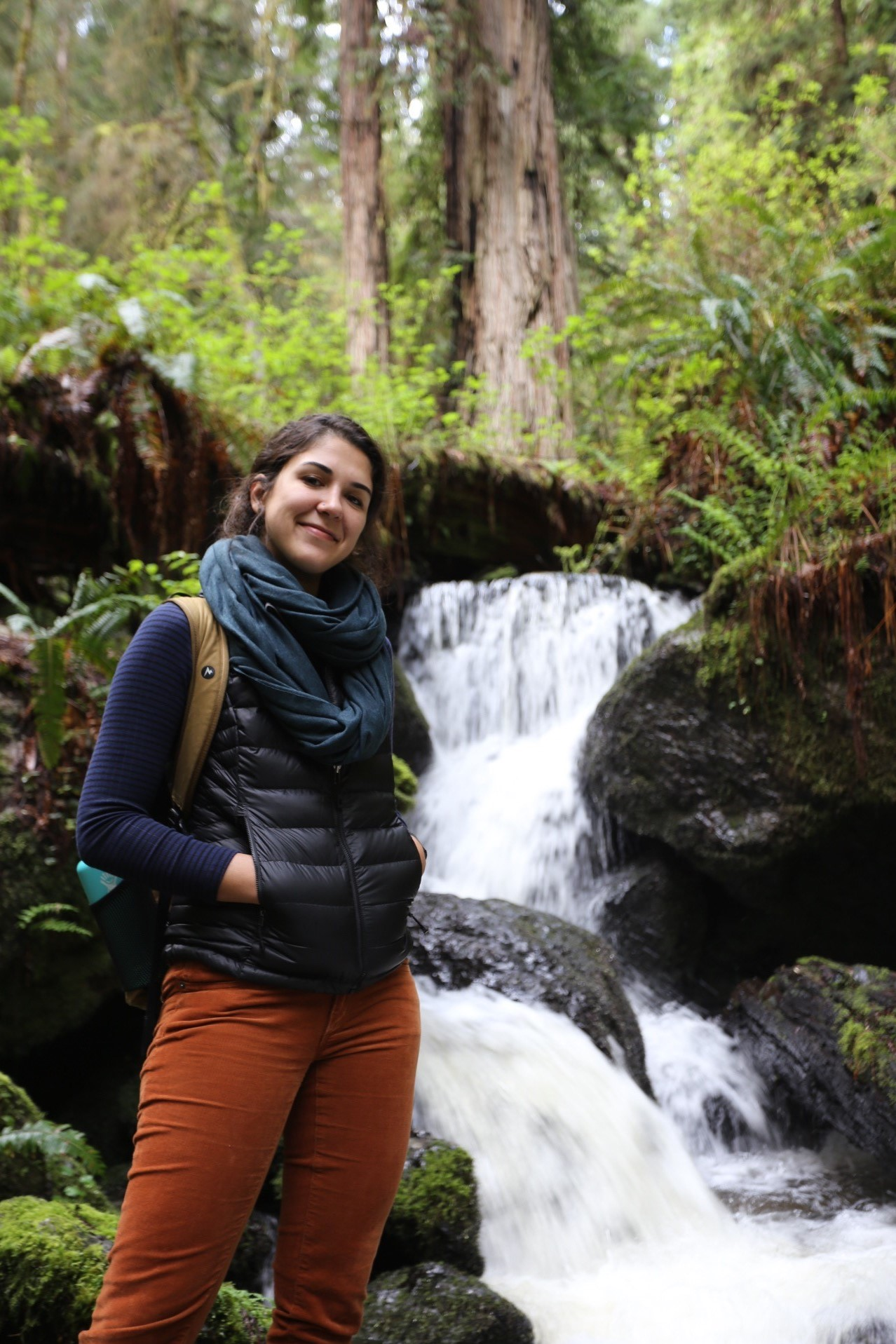 Jasmin at the Trillium Falls near the Redwood National and State Parks in Humboldt County