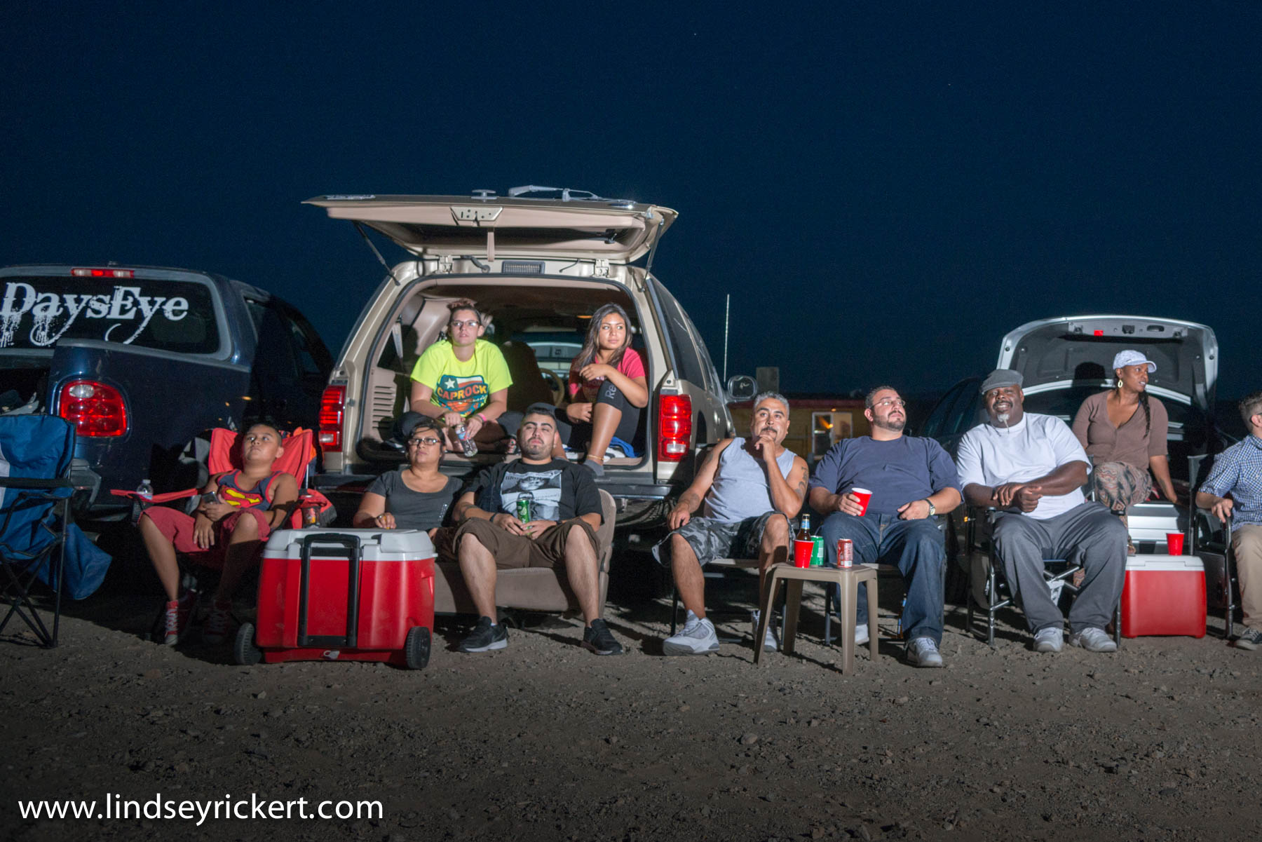 A group of movie goers at Skyline Drive-In, Barstow, CA.
