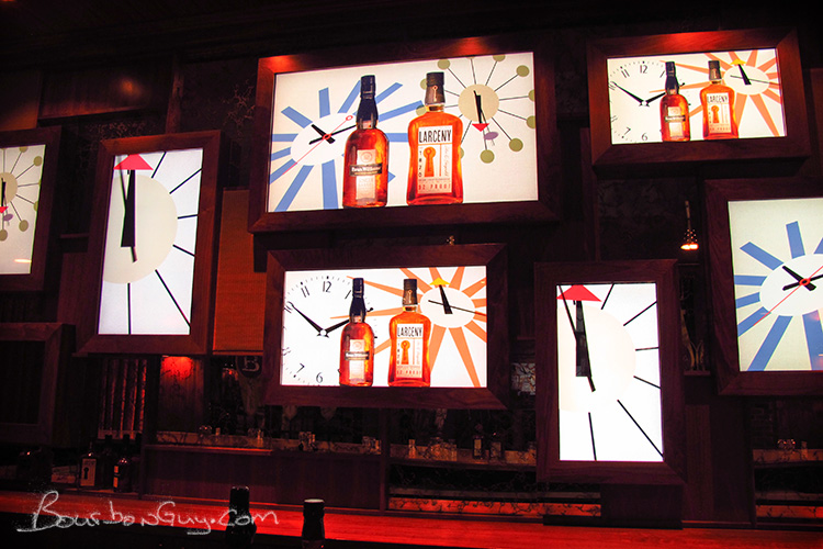 Displays Inside Max and Harry's