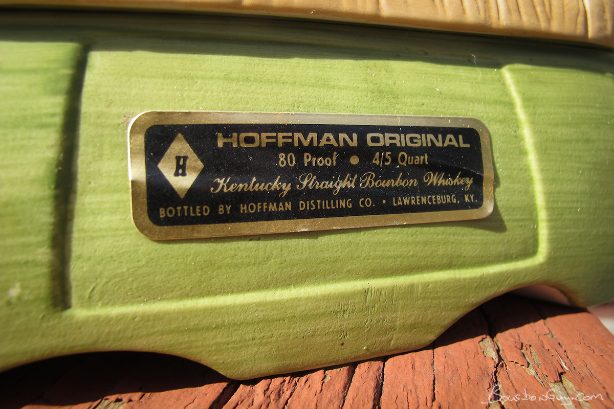 Hoffman Originals, Mr. Lucky Series, The Carolers Base (front)