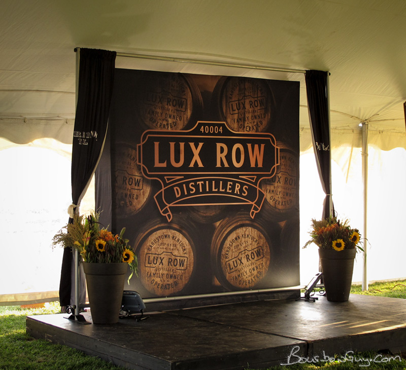 The reveal of the Lux Row logo. Looks nice.