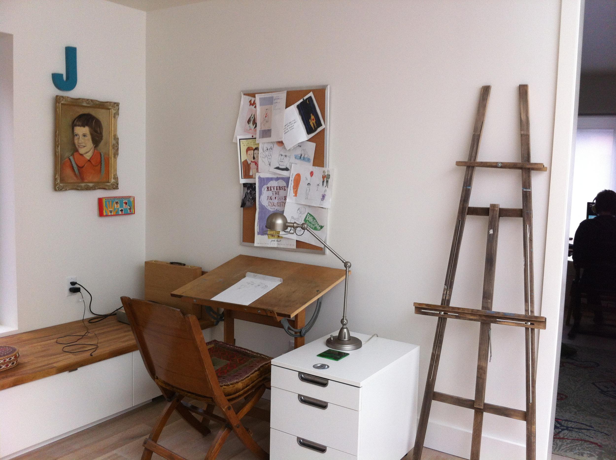 studiodesk.jpg